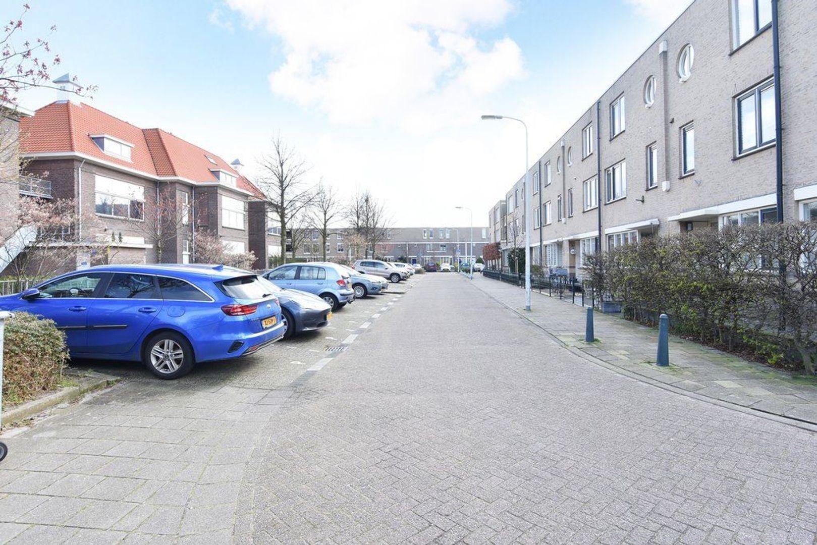 Engeringstraat 39, Den Haag foto-39 blur