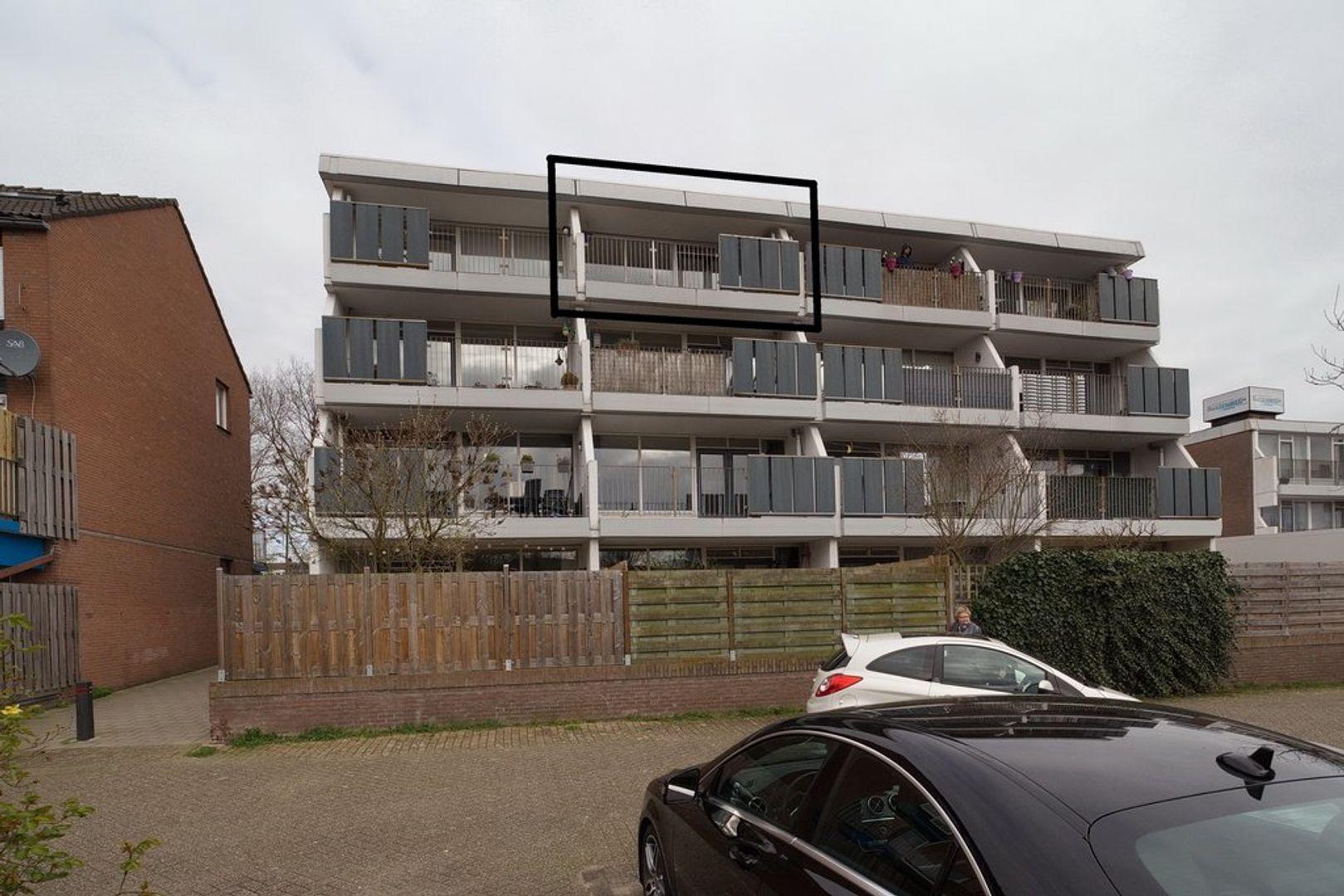 H.M. van Randwijkhove 103, Zoetermeer foto-0 blur