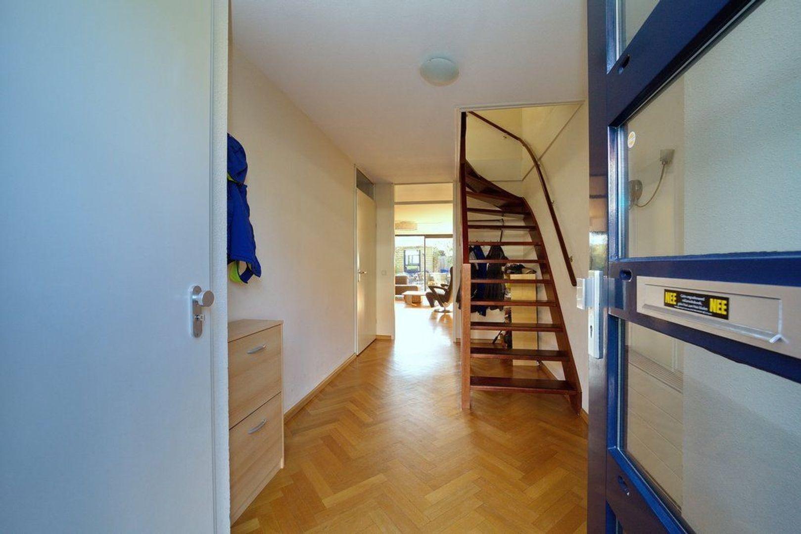 Irisdreef 3, Rijswijk foto-12 blur