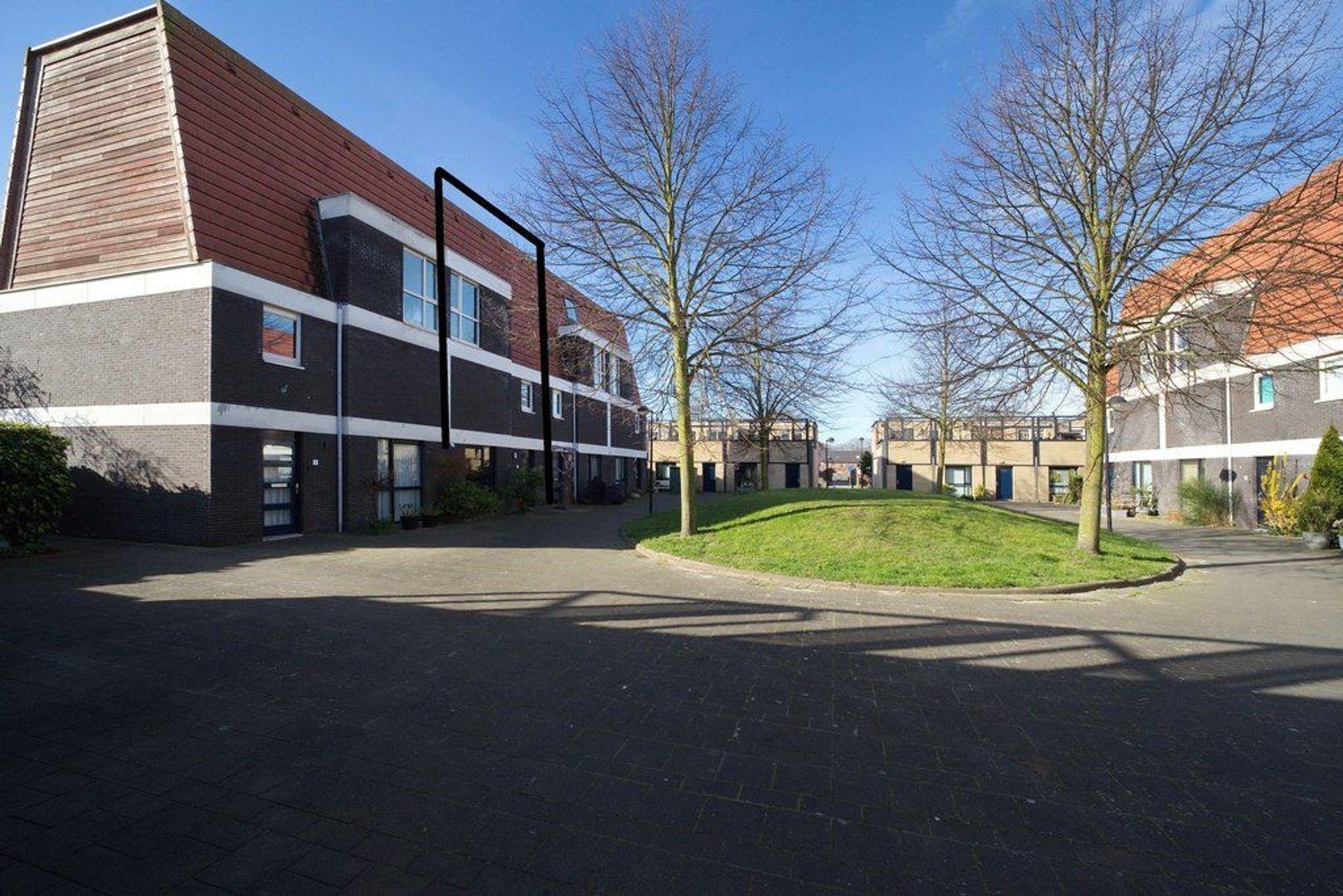 Irisdreef 3, Rijswijk foto-34 blur
