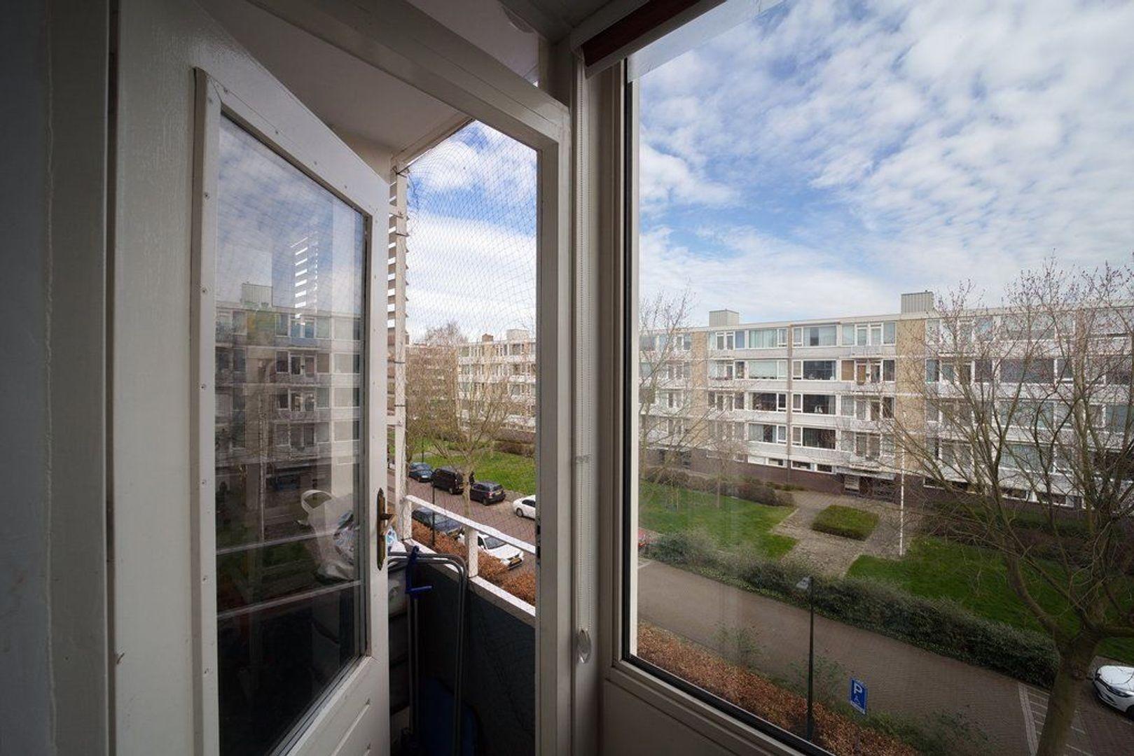 Schout Van Eijklaan 60, Leidschendam foto-15 blur