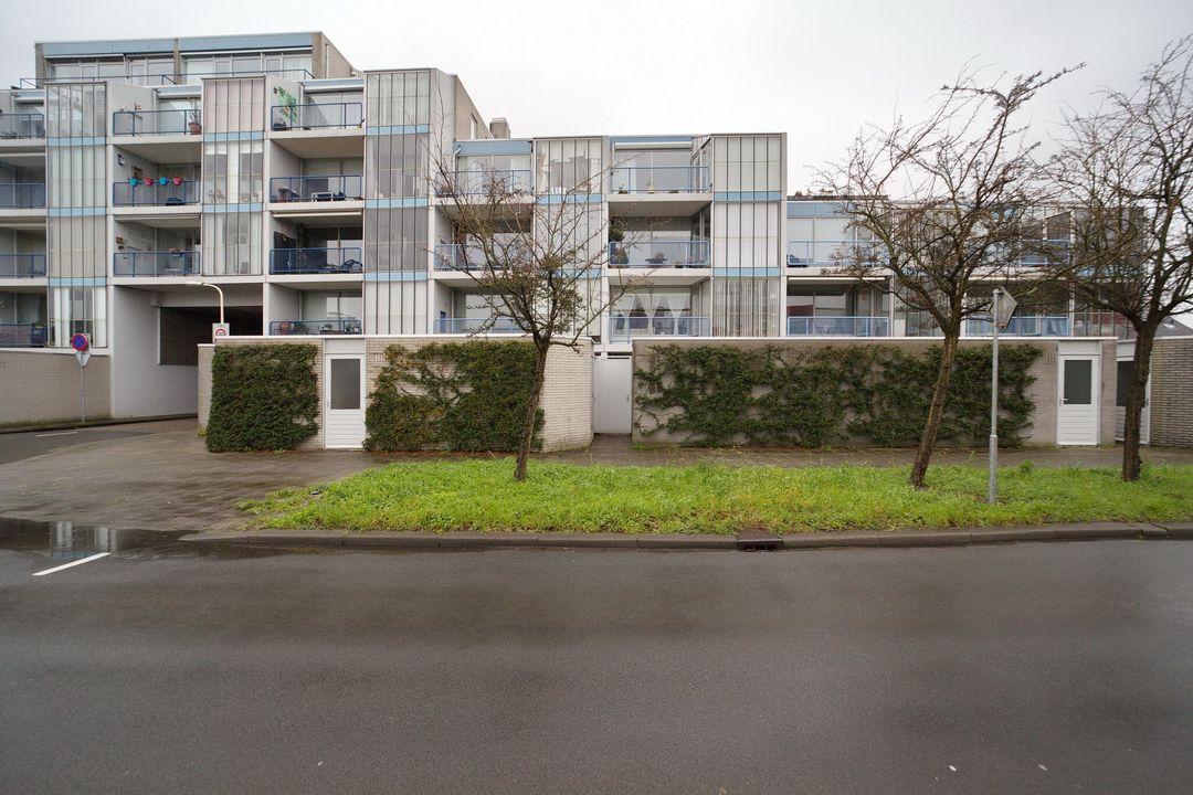 Roomolenstraat 19, Leidschendam