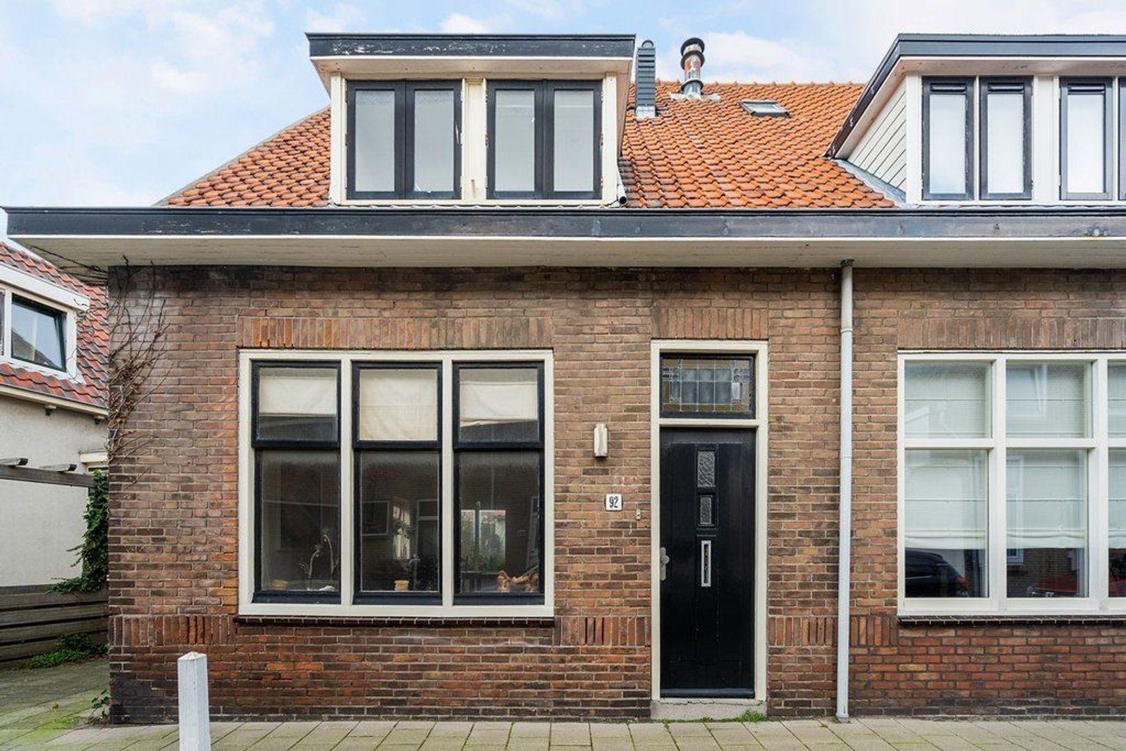 Zuidstraat 92, Katwijk foto-0 blur