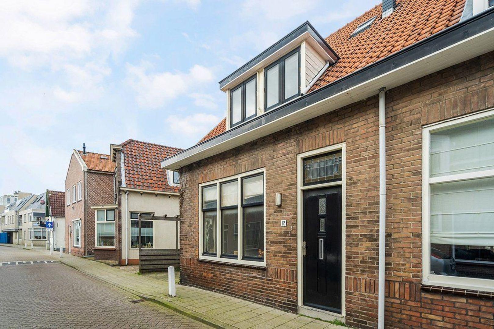 Zuidstraat 92, Katwijk foto-28 blur