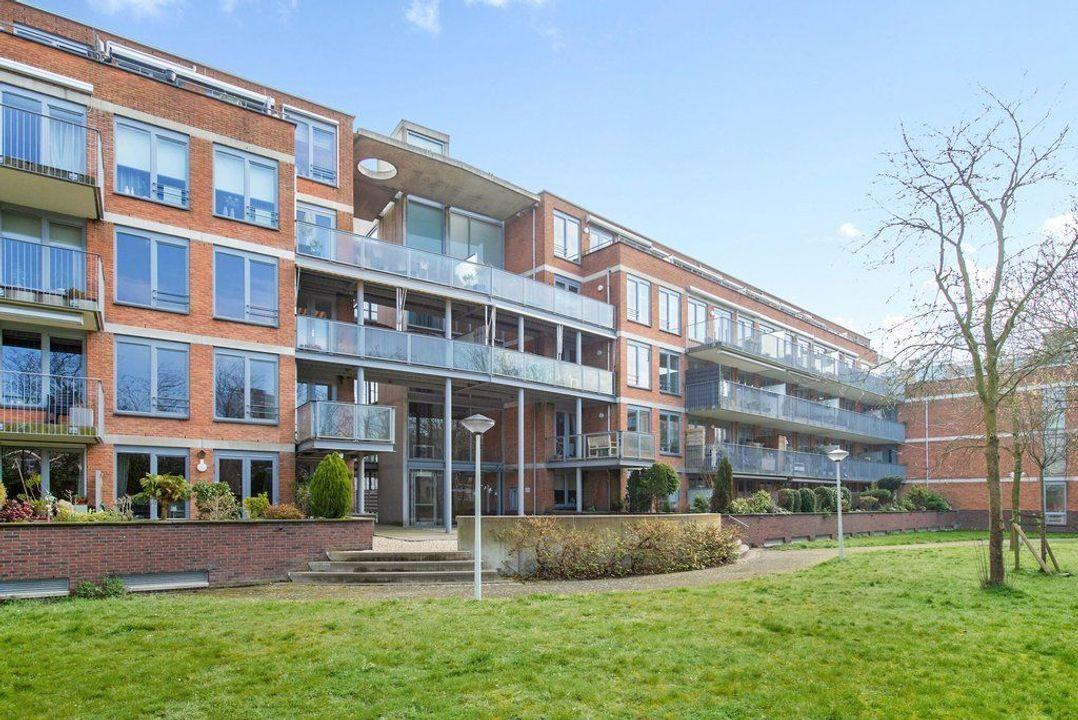 Bachstraat 147, Leiden