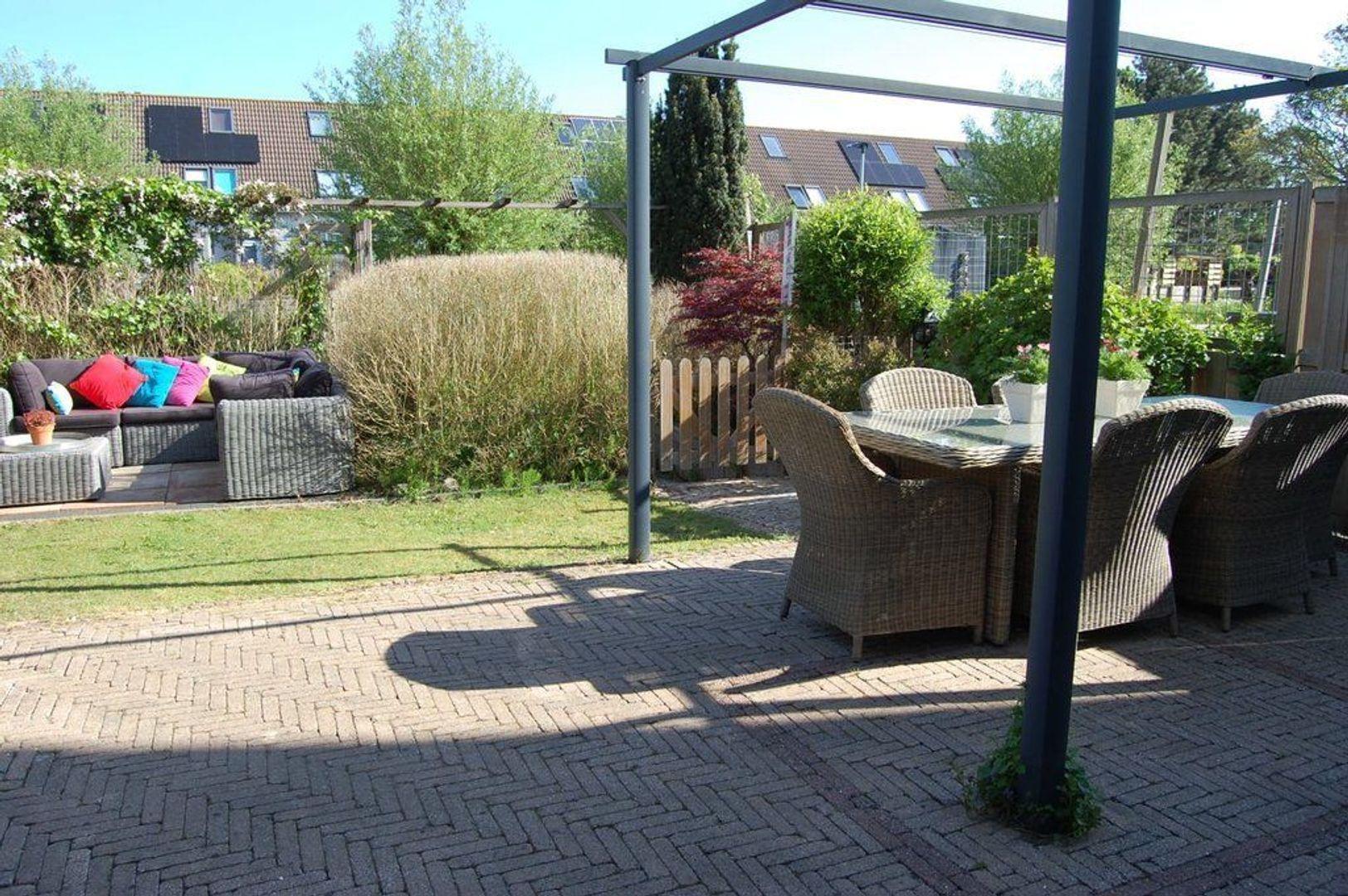 Annie van Hattemstraat 7, Leiden foto-17 blur