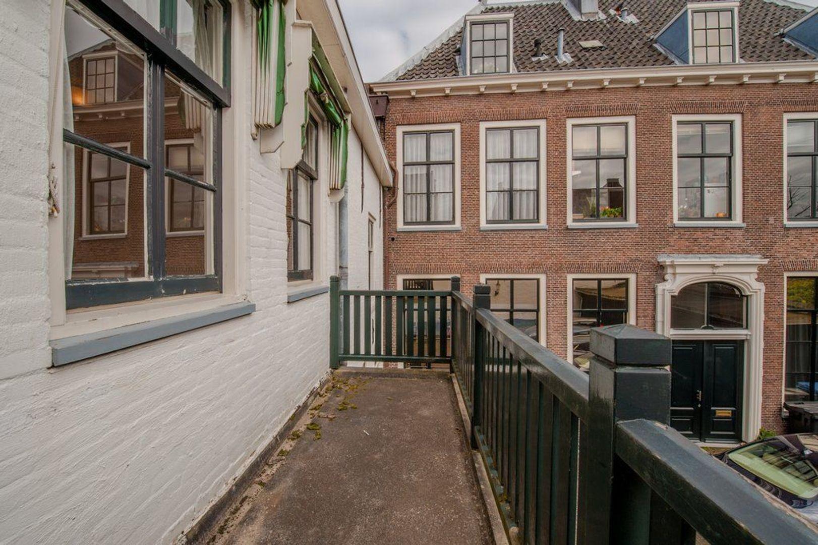Groenhazengracht 4, Leiden foto-14 blur