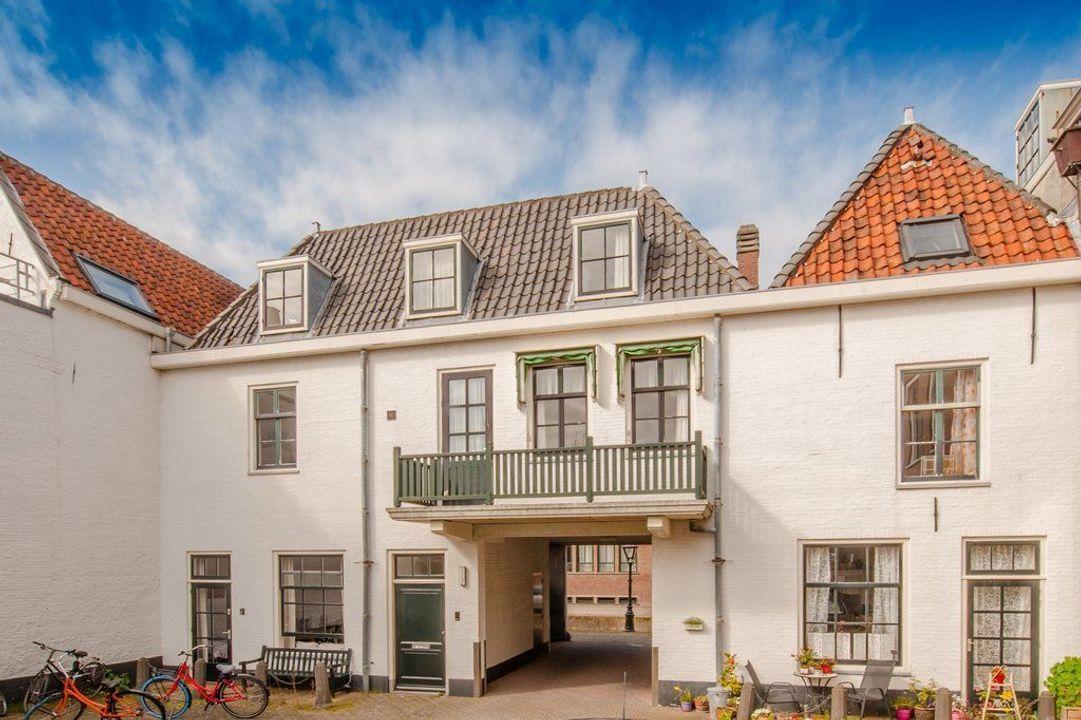 Groenhazengracht 4, Leiden