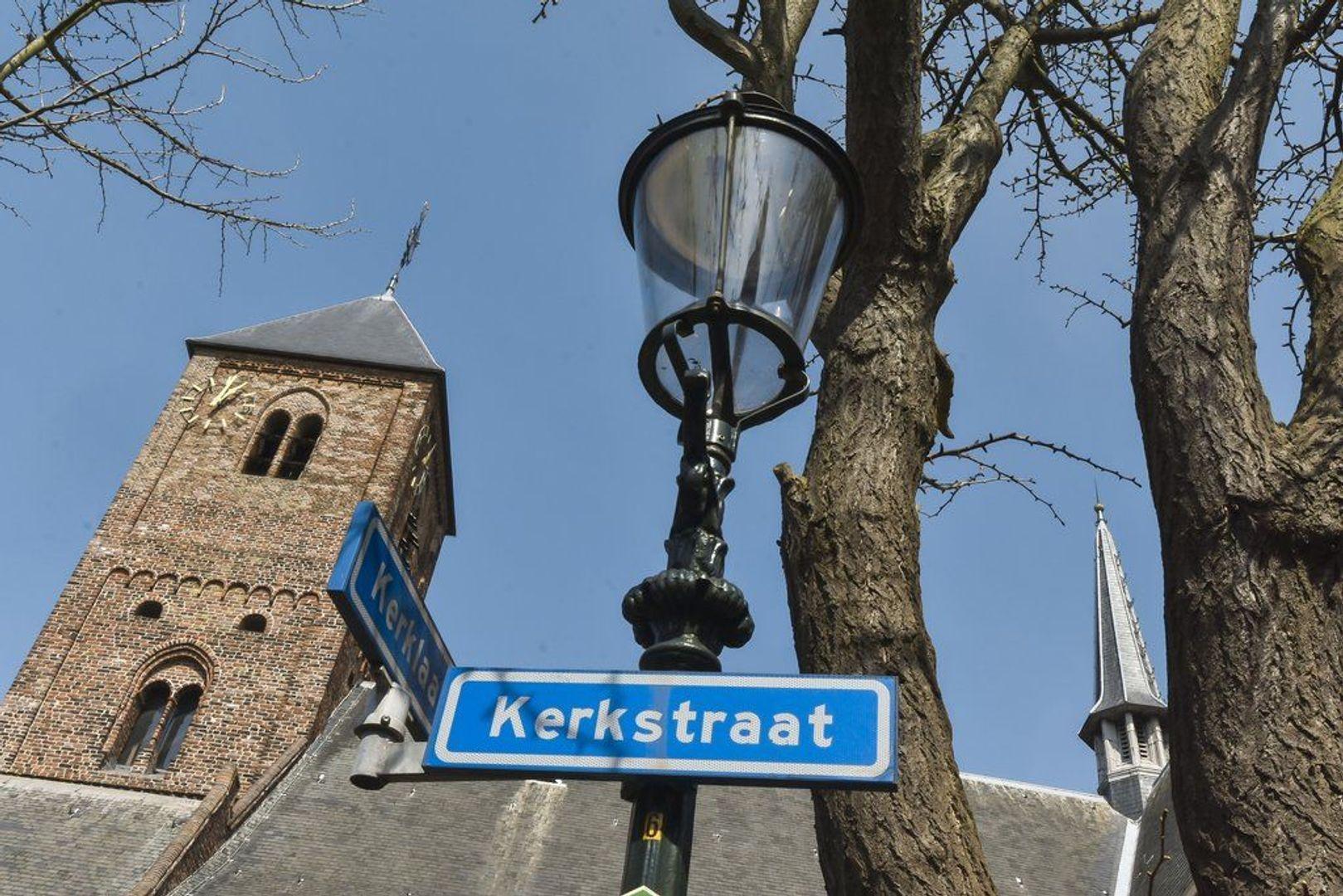 Kerkstraat 3, Naaldwijk foto-1 blur