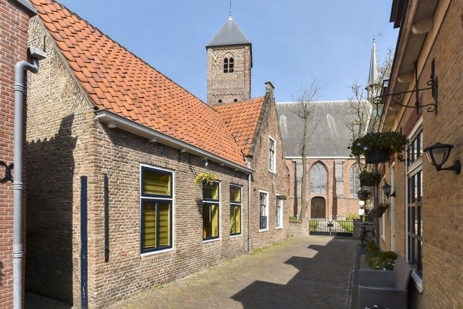 Kerkstraat 3, Naaldwijk foto-12 blur