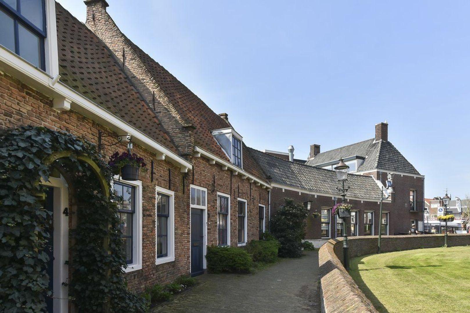 Kerkstraat 3, Naaldwijk foto-34 blur