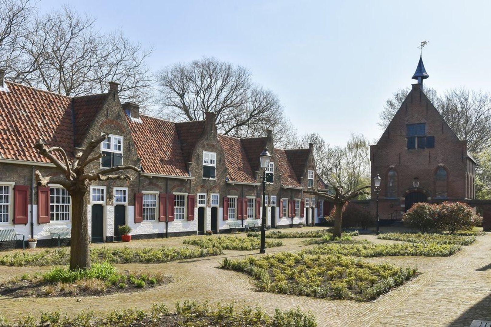 Kerkstraat 3, Naaldwijk foto-41 blur