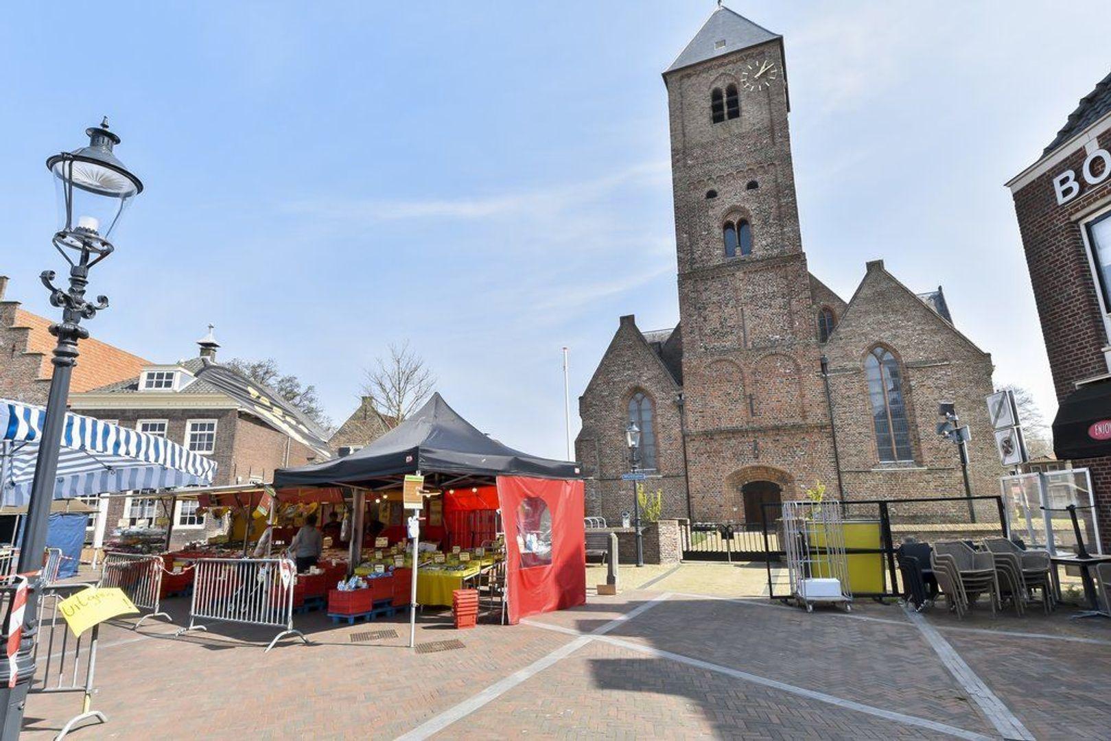 Kerkstraat 3, Naaldwijk foto-36 blur