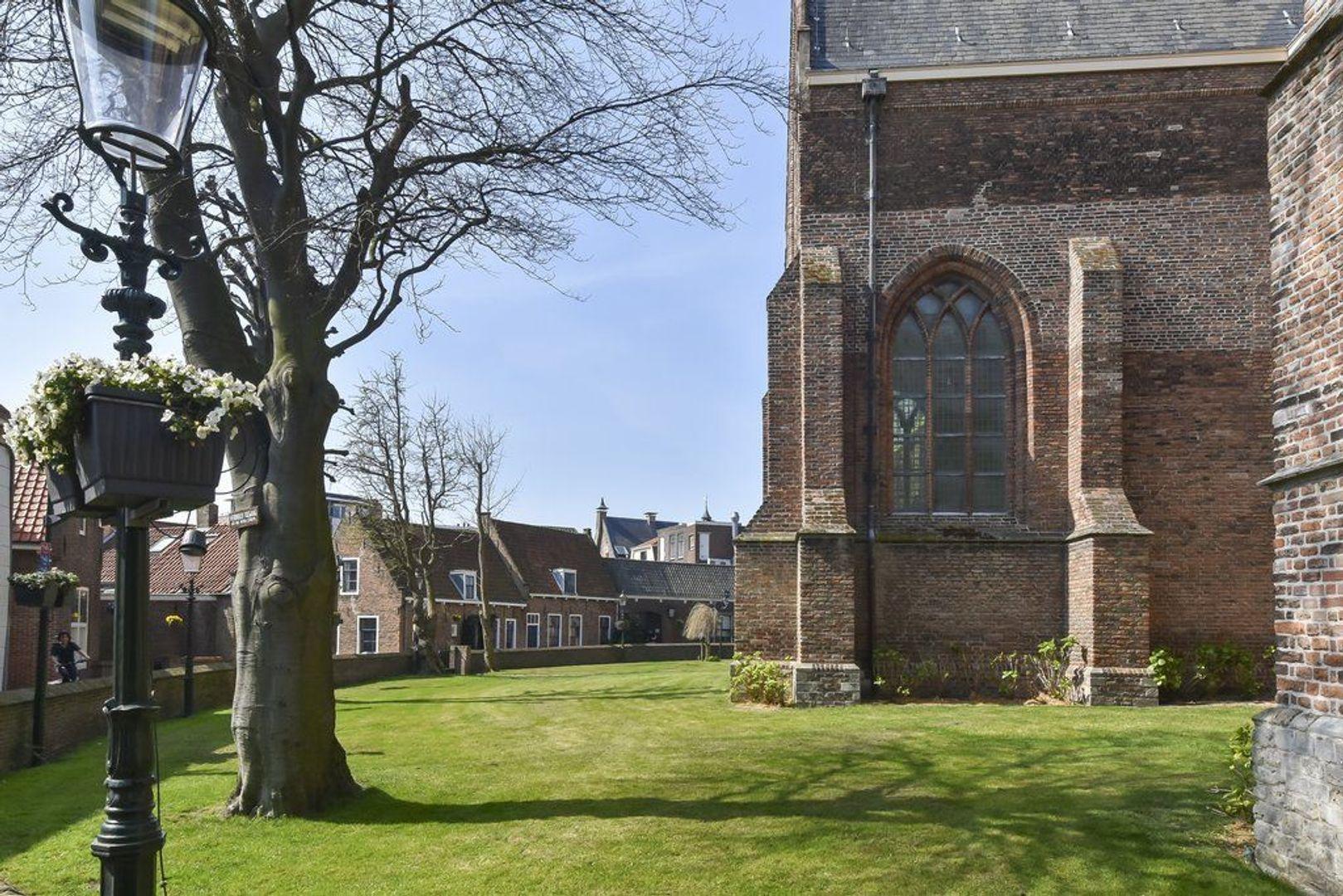 Kerkstraat 3, Naaldwijk foto-39 blur