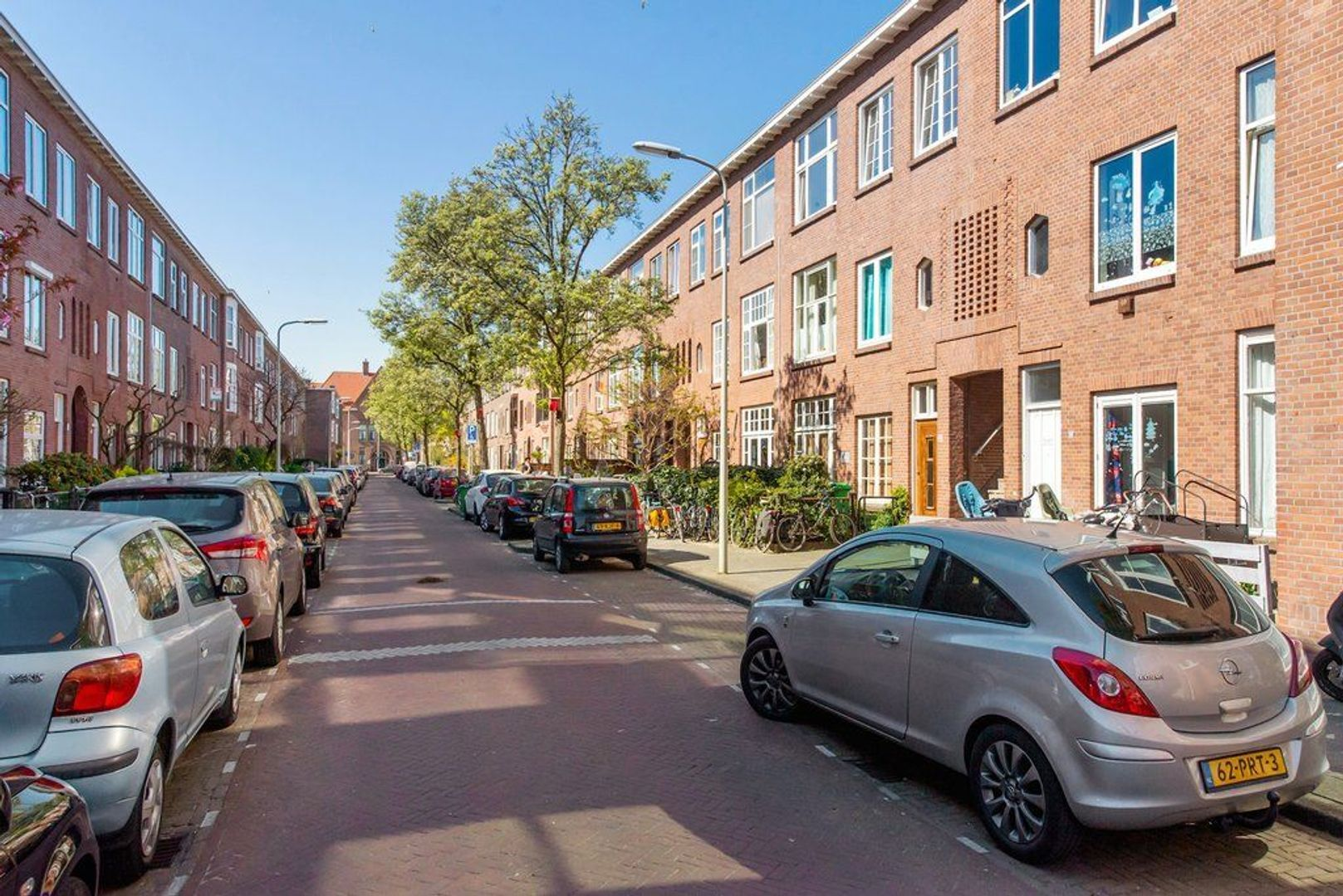 Ligusterstraat 25, Den Haag foto-36 blur