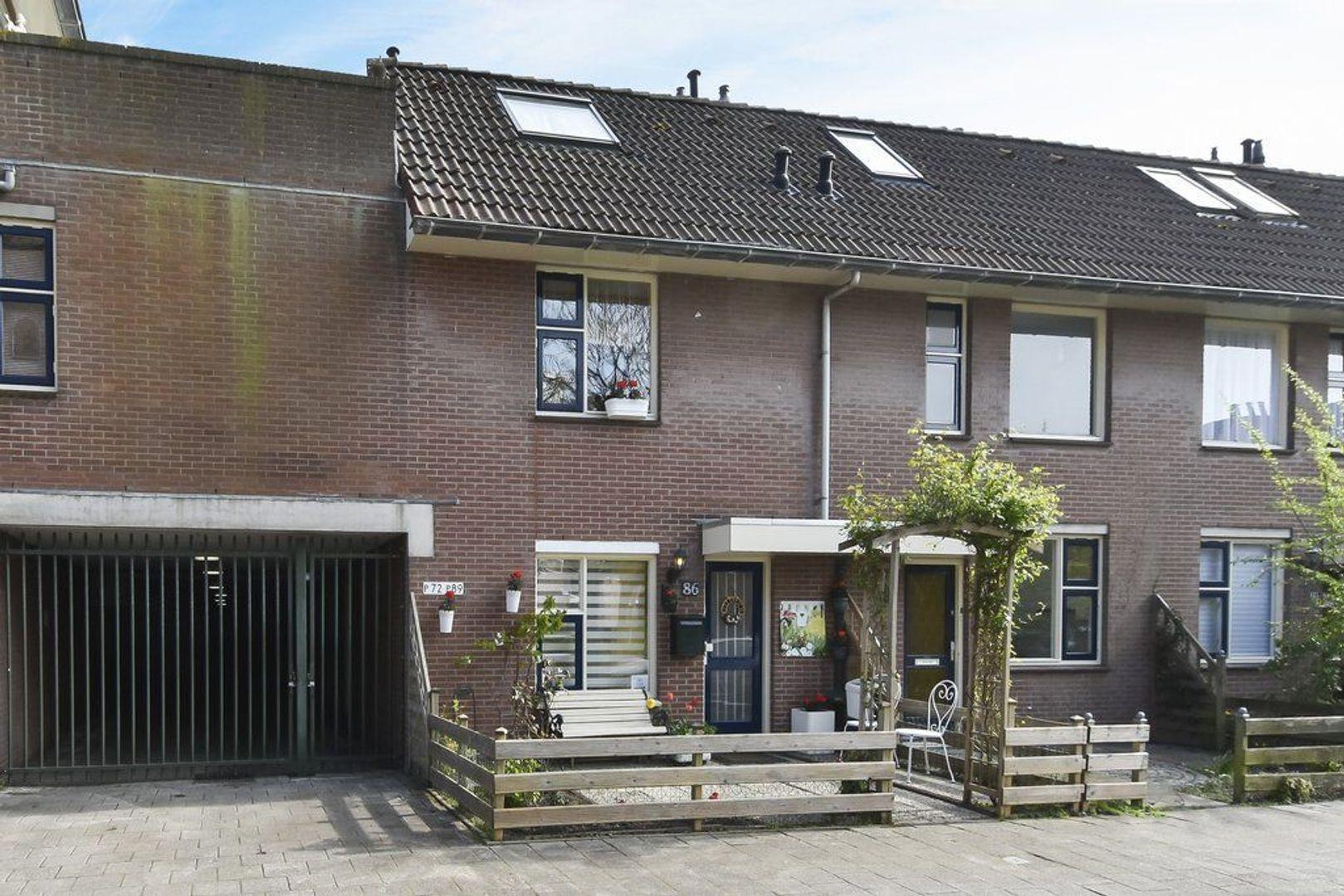 Hector Berliozstraat 86, Den Haag foto-1 blur