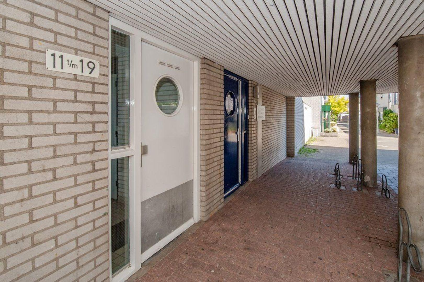 Reina Prinsen Geerligspad 17, Leiden foto-1 blur
