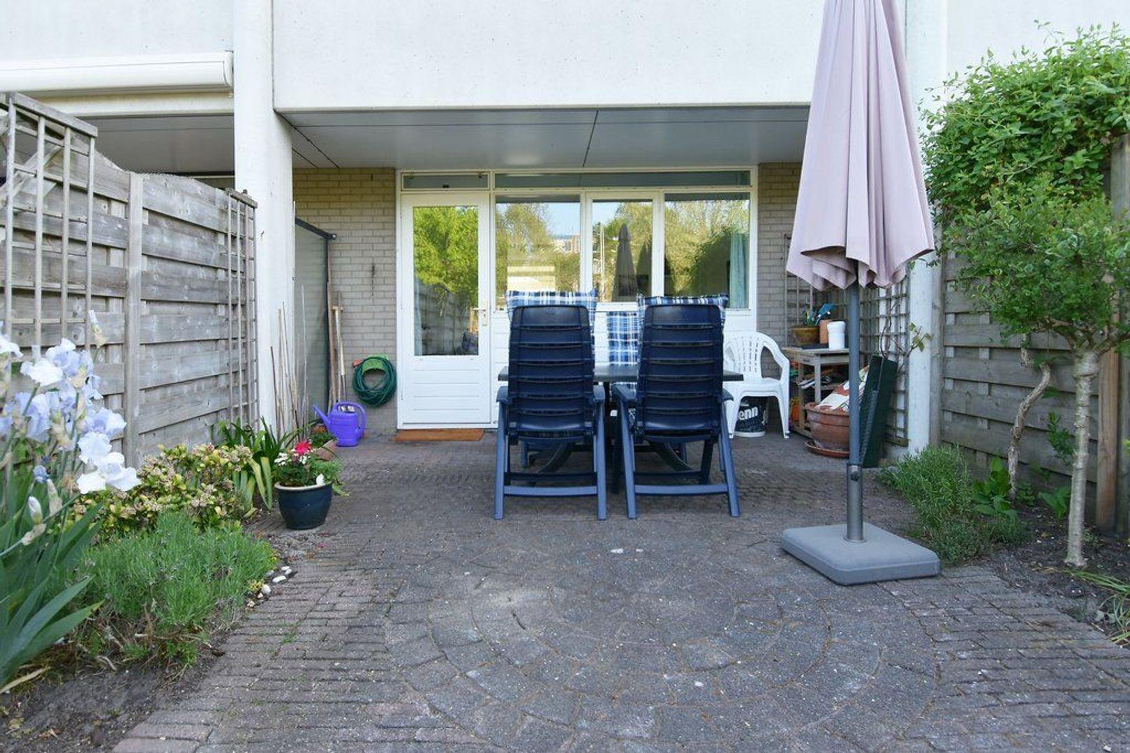 Laan van der Kroft 42, Den Haag foto-9 blur