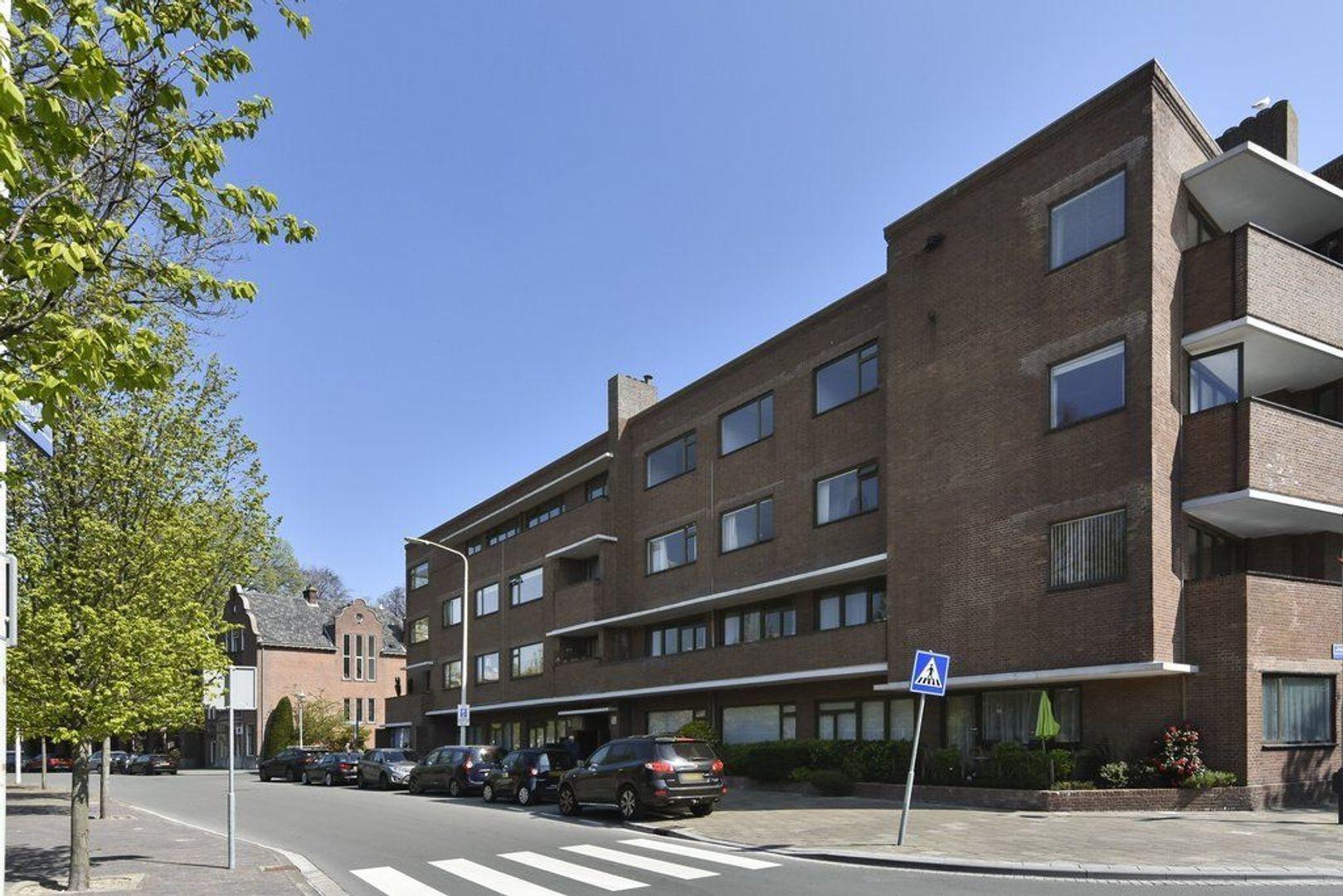 Jozef Israelsplein 30, Den Haag foto-0 blur