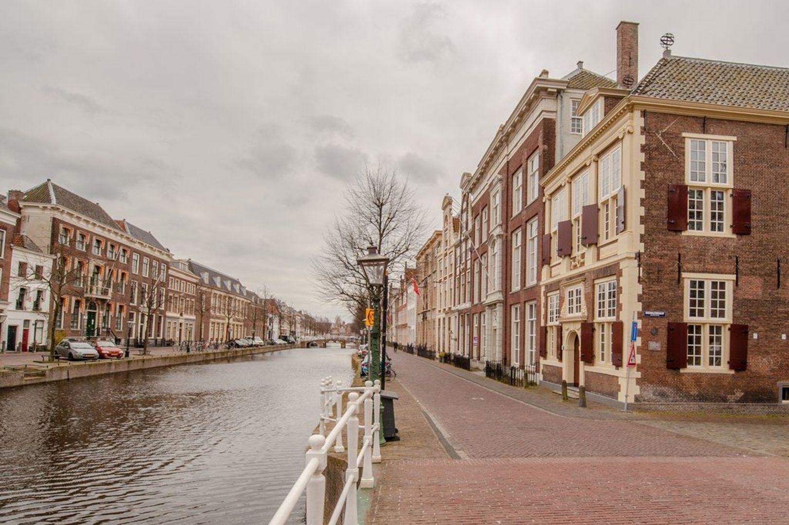 Rapenburg 27 A, Leiden foto-20 blur