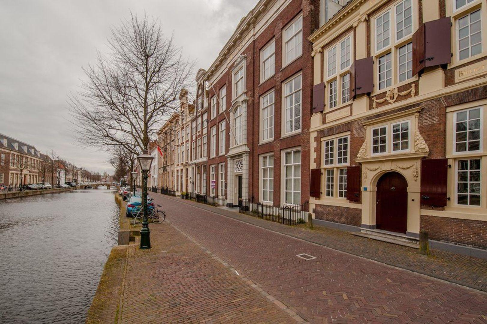 Rapenburg 27 A, Leiden foto-21 blur