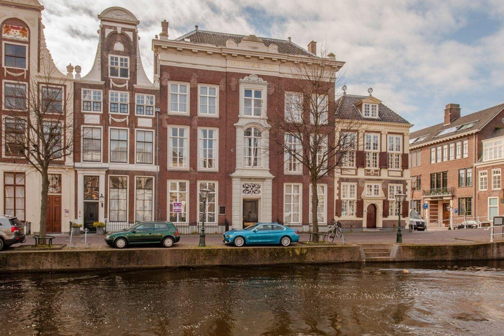 Rapenburg 27 A, Leiden foto-0 blur