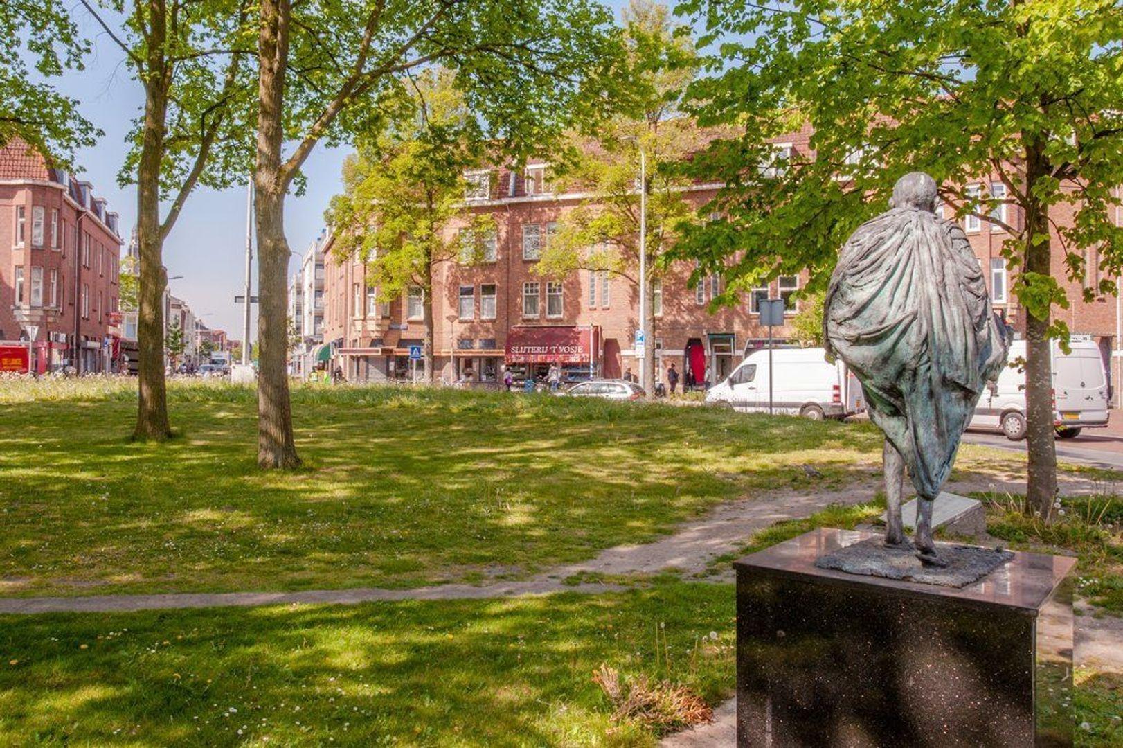 Hobbemaplein 41, Den Haag foto-2 blur