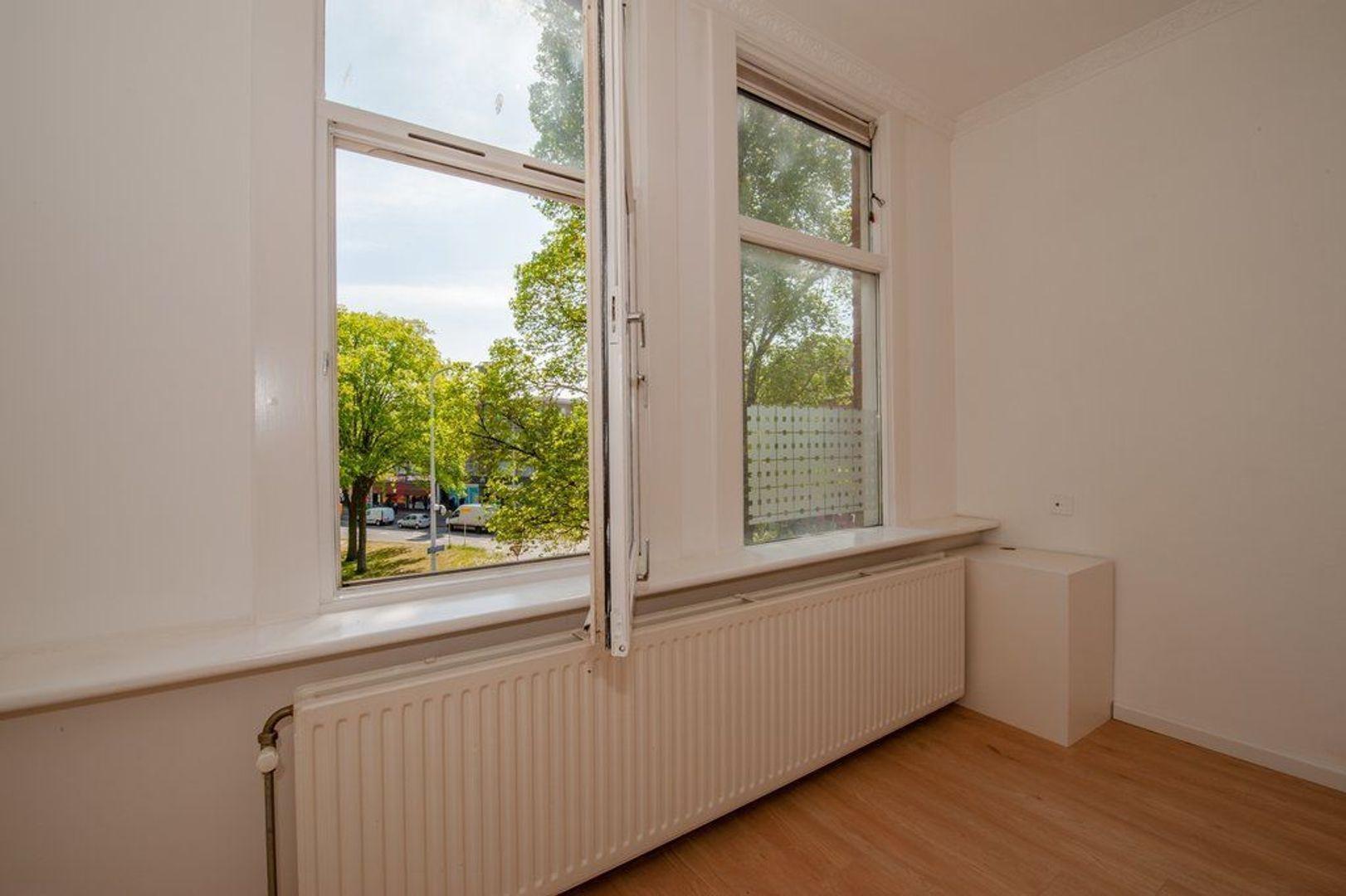 Hobbemaplein 41, Den Haag foto-24 blur