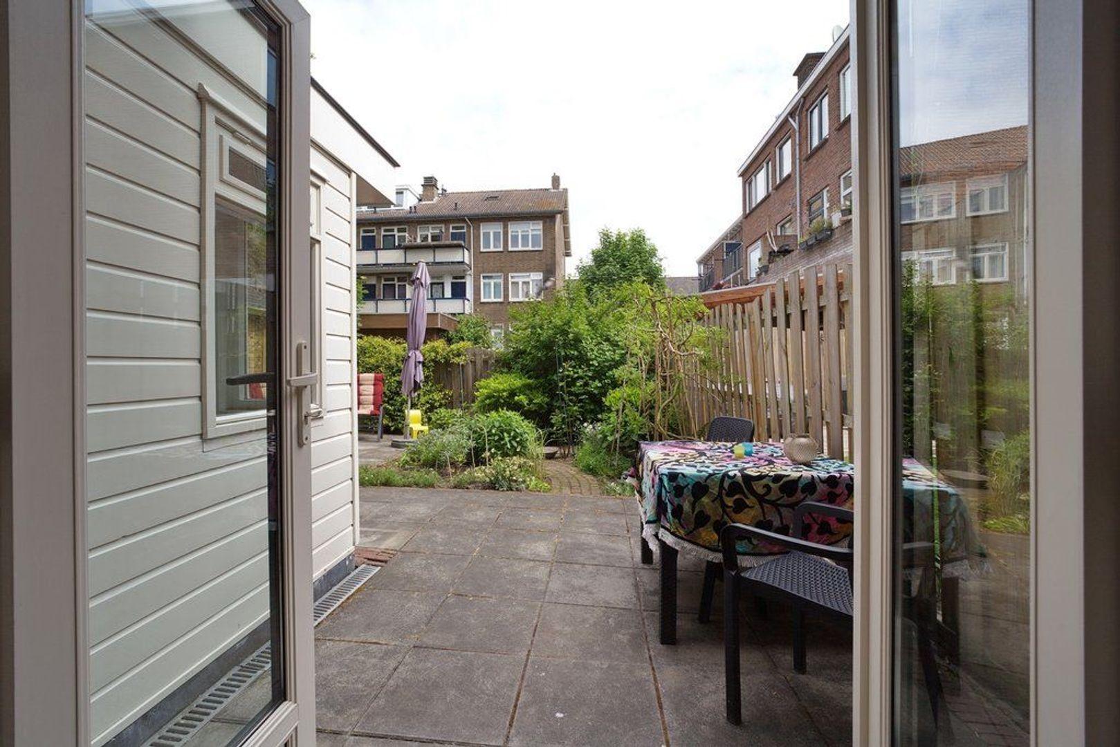 Hoekwaterstraat 14, Voorburg foto-7 blur