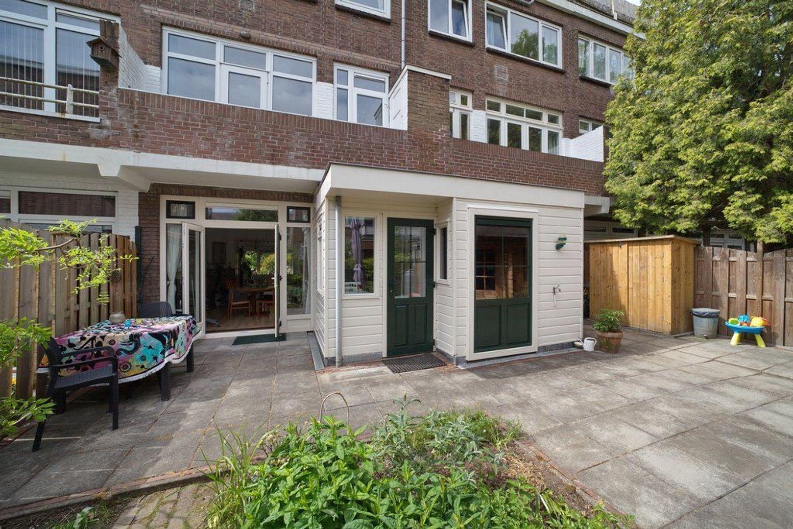 Hoekwaterstraat 14, Voorburg foto-11 blur