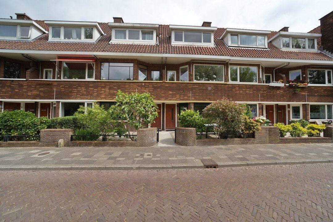 Hoekwaterstraat 14, Voorburg