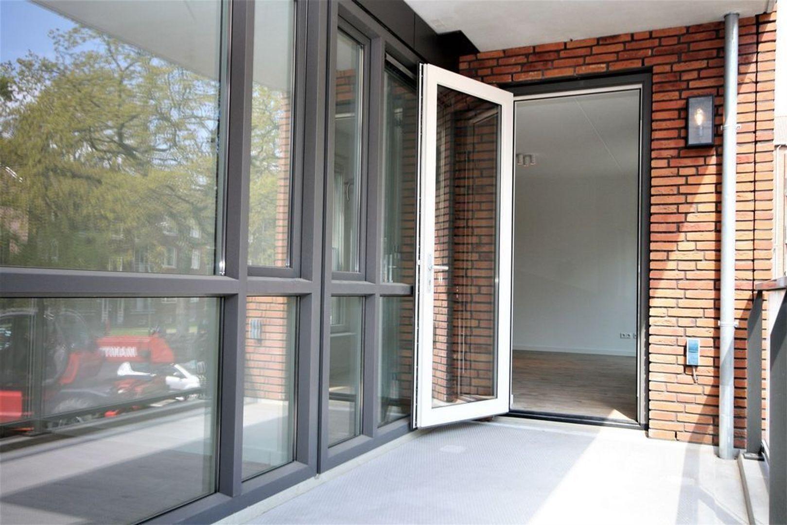 van Vollenhovenlaan 122, Rijswijk foto-11 blur
