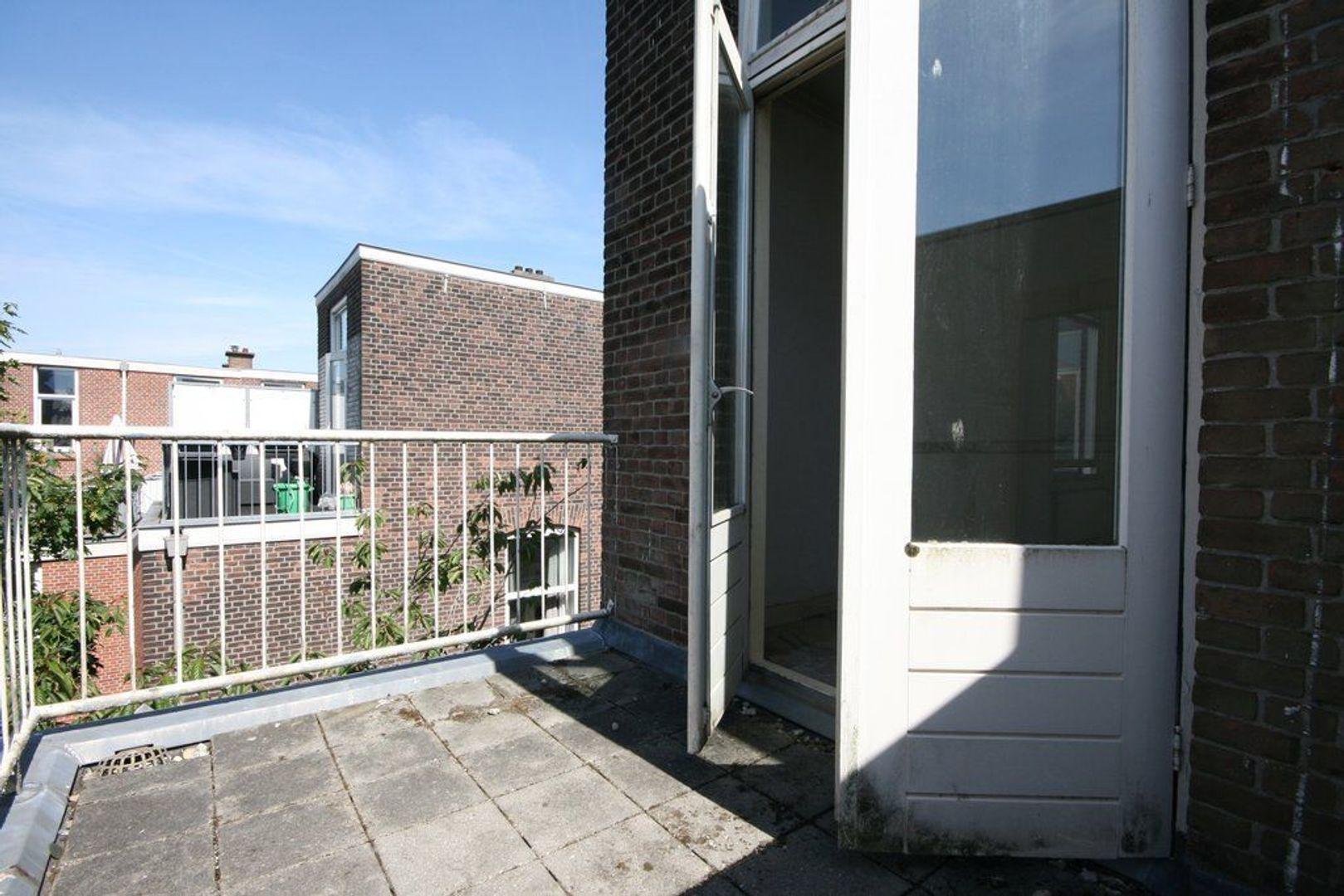 Theresiastraat 256, Den Haag foto-15 blur
