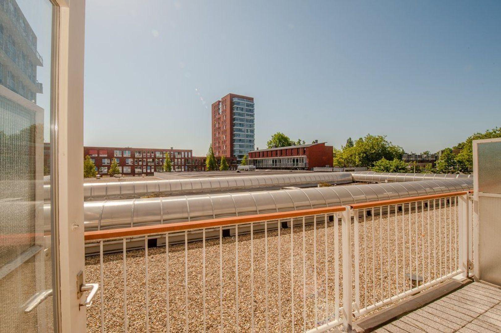 Opaalstraat 32, Leiden foto-13 blur