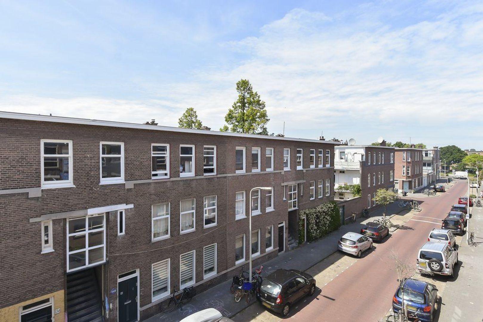 Meidoornstraat 25 b, Den Haag foto-17 blur