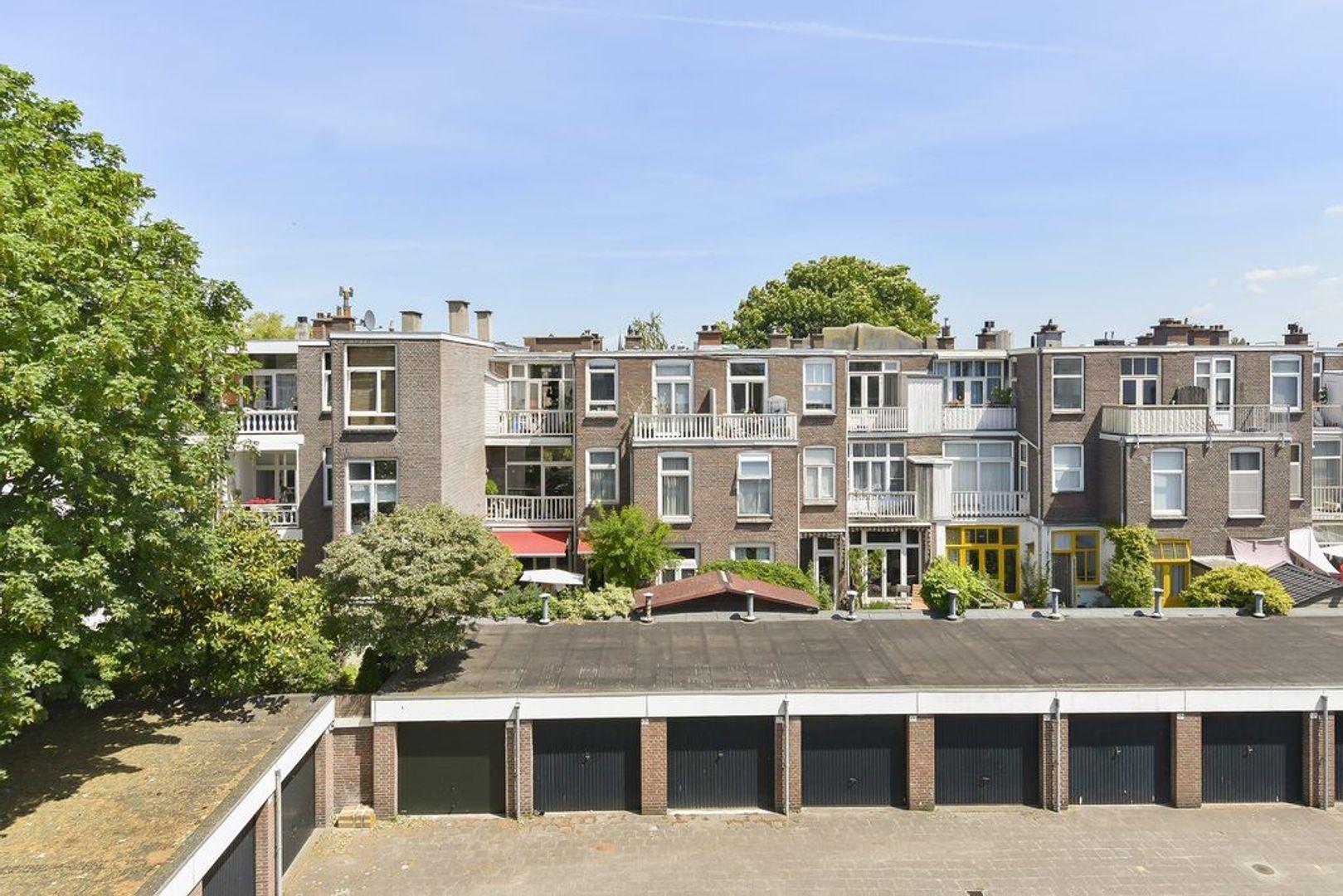 Meidoornstraat 25 b, Den Haag foto-27 blur