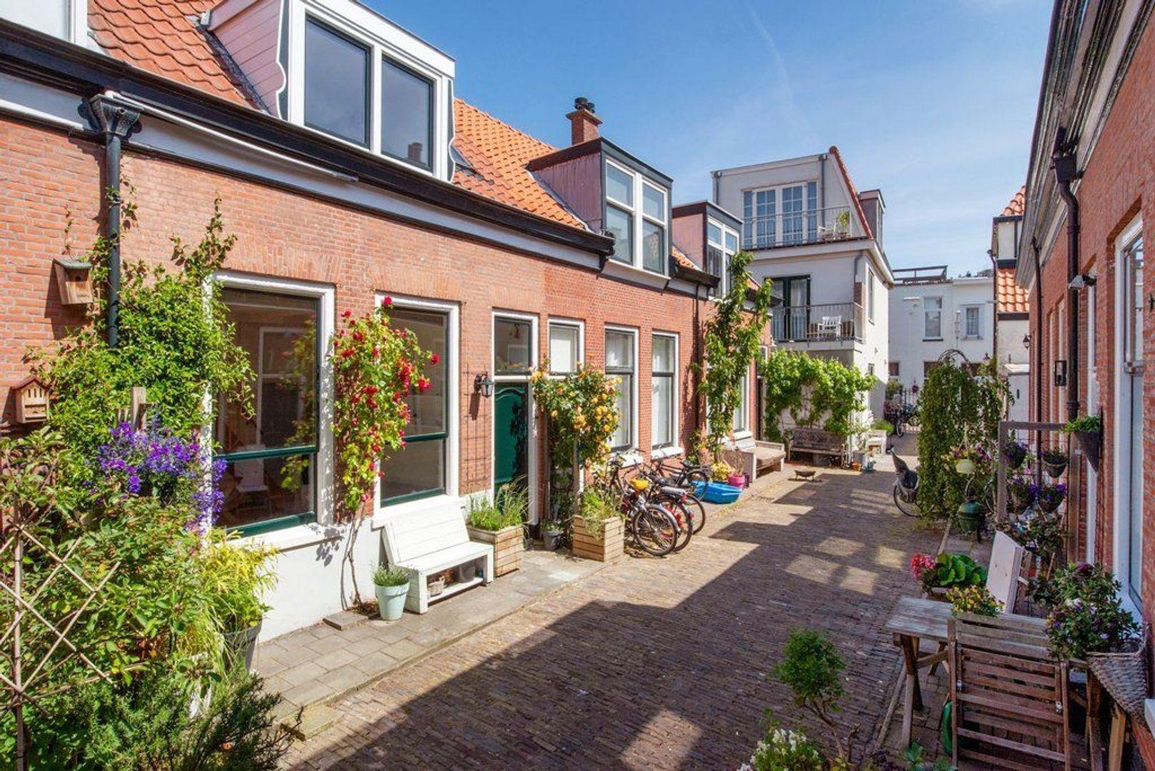 Heemraadstraat 167, Den Haag foto-1 blur