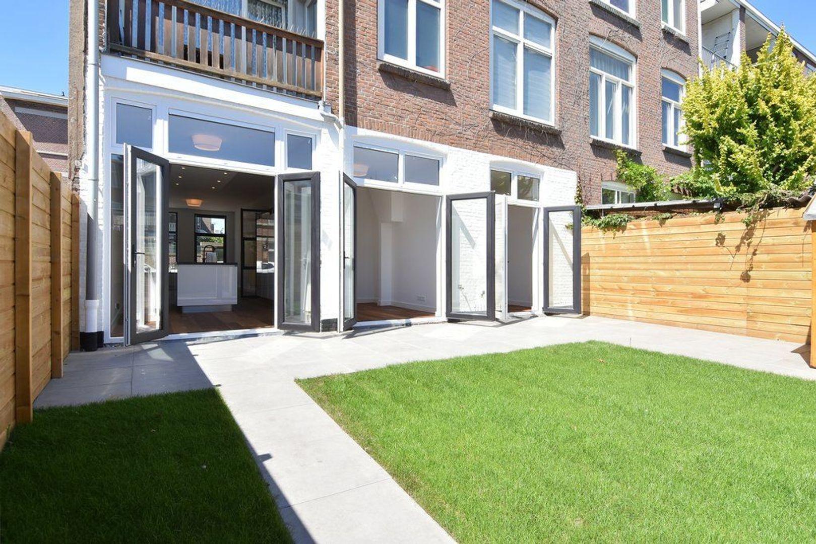 Abeelstraat 54, Den Haag foto-12 blur