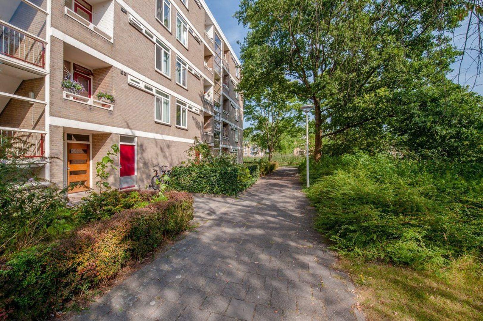 Mozartstraat 271, Leiden foto-6 blur