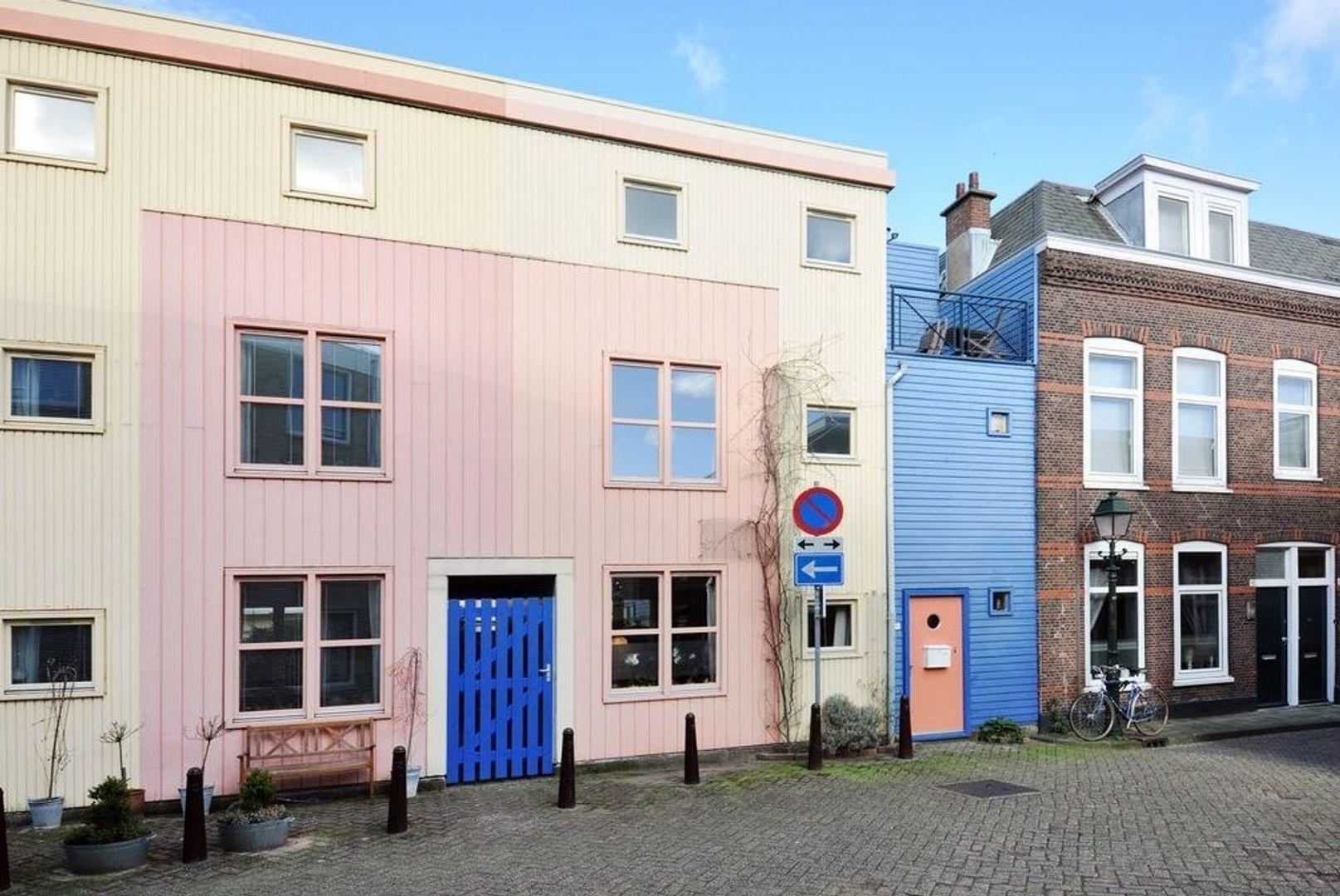 Ooststraat 16, Den Haag foto-0 blur