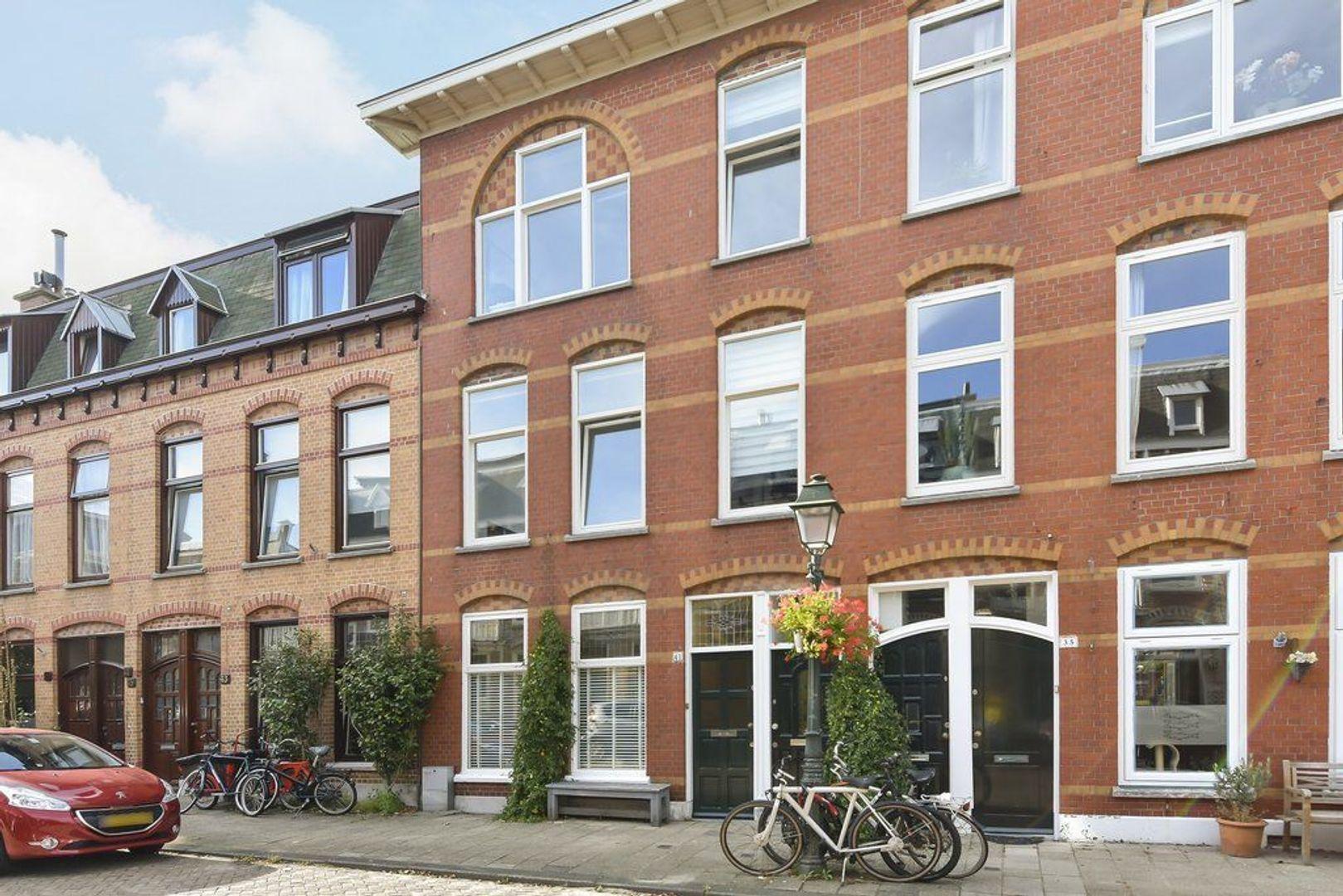 Cornelis Jolstraat 41, Den Haag foto-1 blur