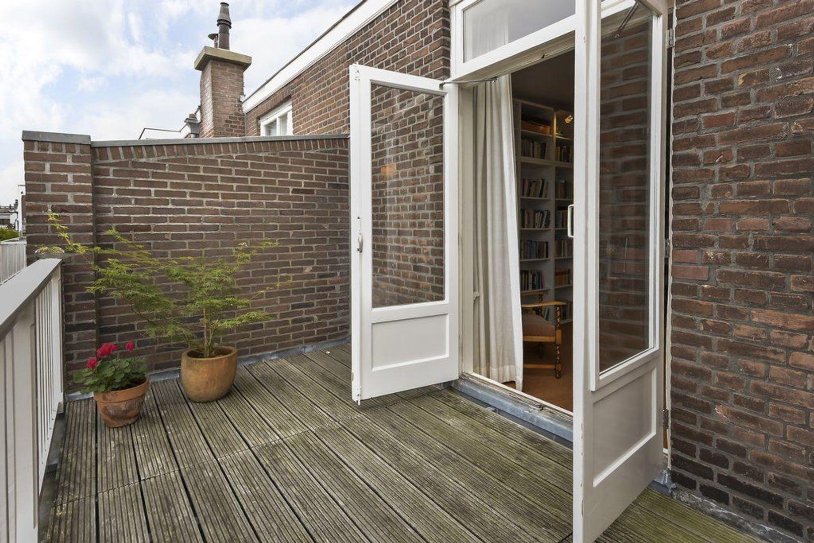 Danckertsstraat 27, Den Haag foto-66 blur