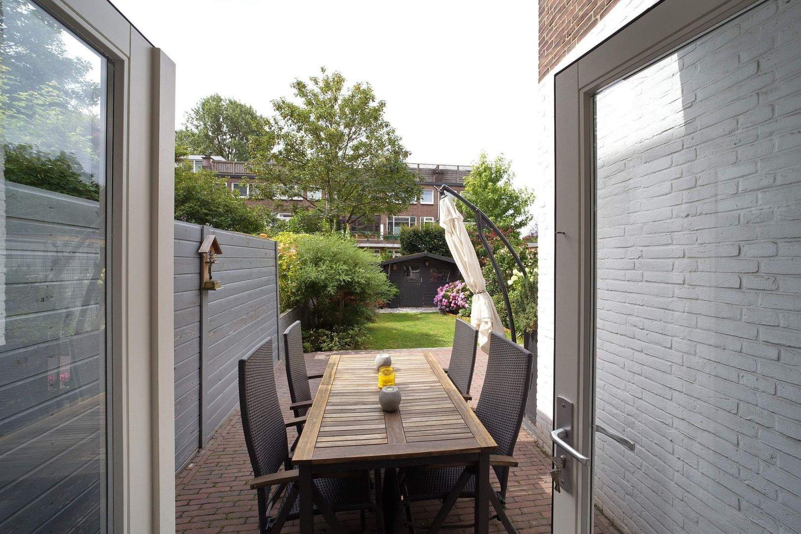 Von Geusaustraat 147, Voorburg foto-10 blur