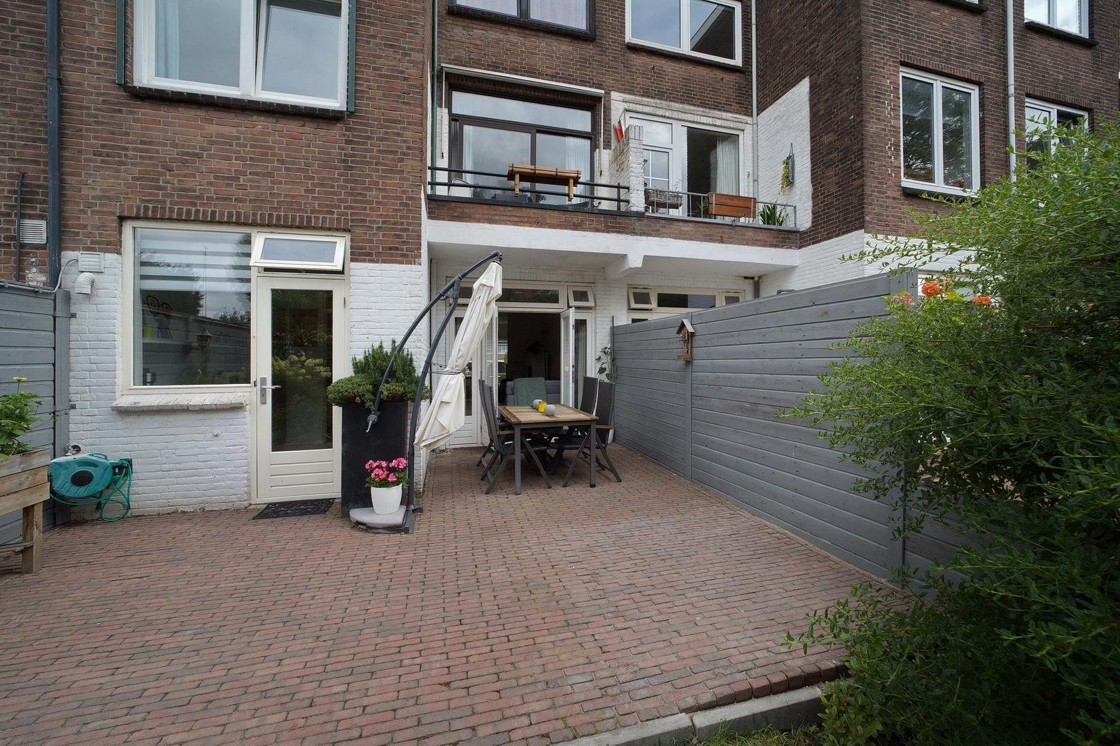Von Geusaustraat 147, Voorburg foto-33 blur