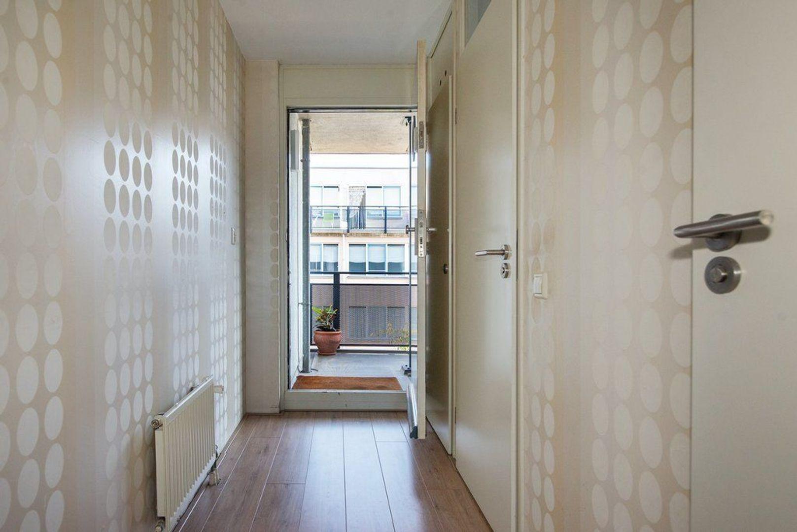 Van Diemenstraat 82, Den Haag foto-9 blur