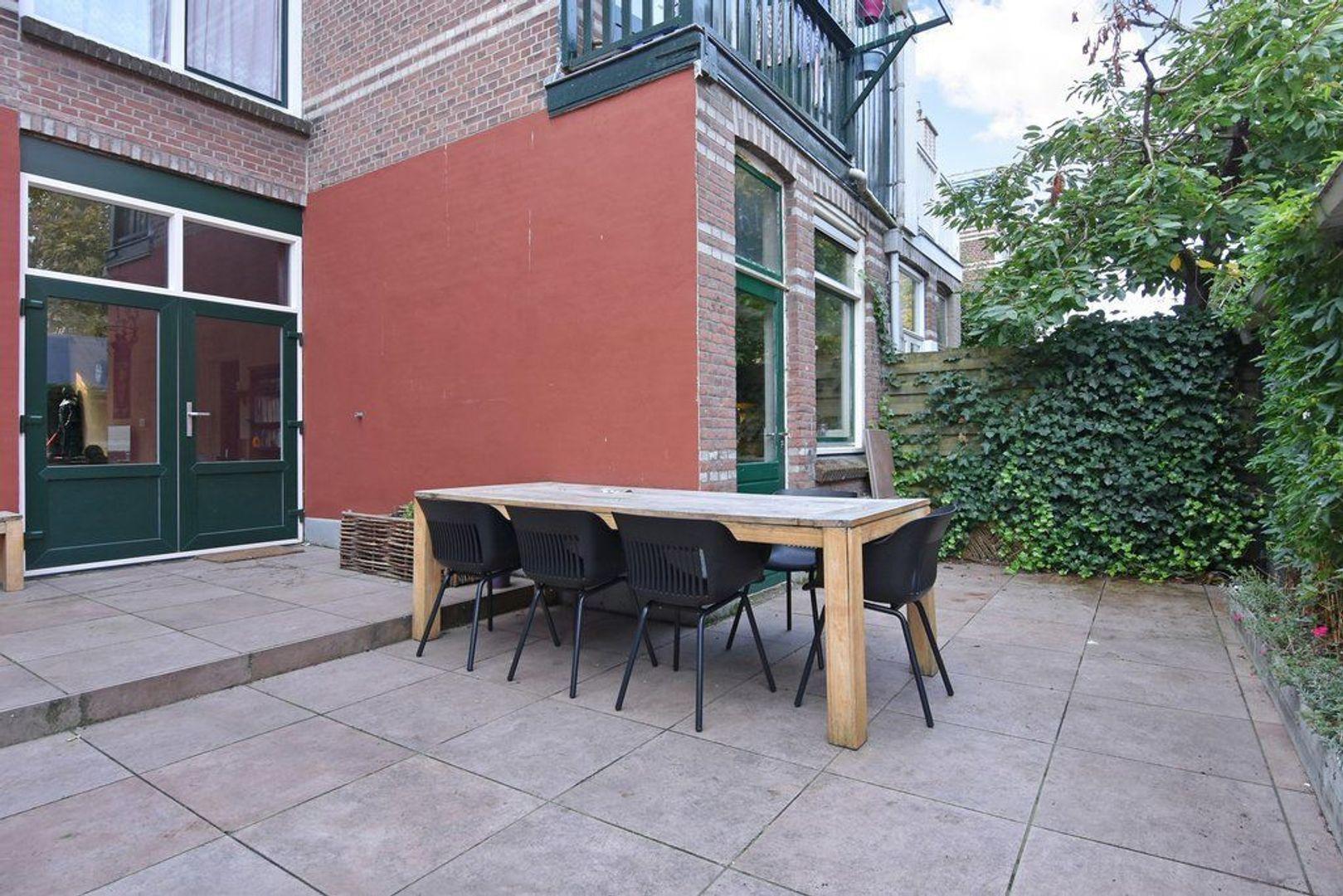 Halleystraat 9, Den Haag foto-24 blur