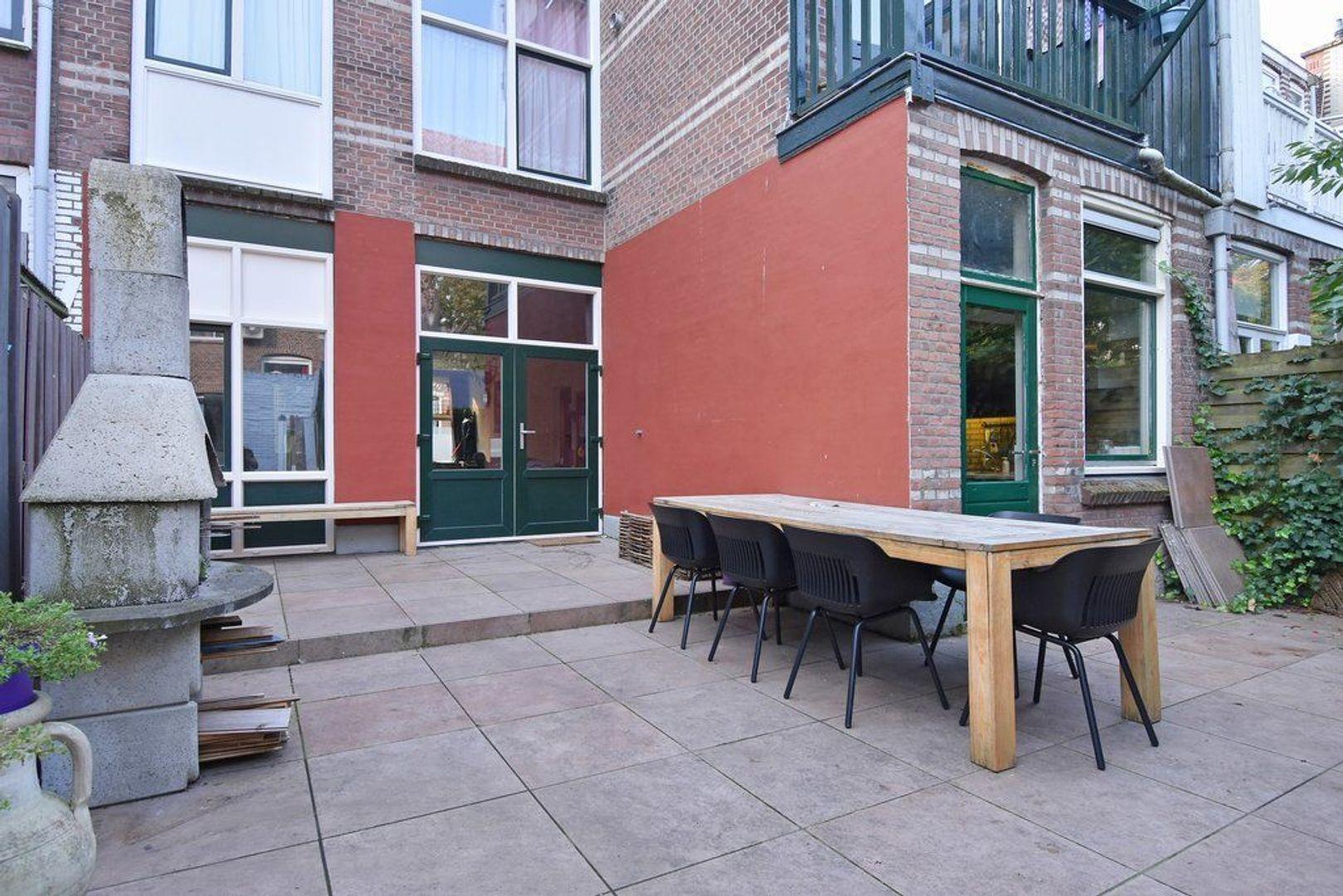Halleystraat 9, Den Haag foto-21 blur