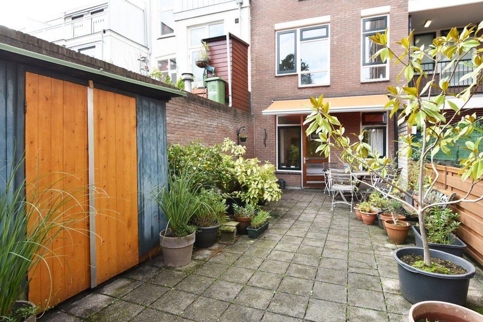 Columbusstraat 186 D, Den Haag foto-13 blur