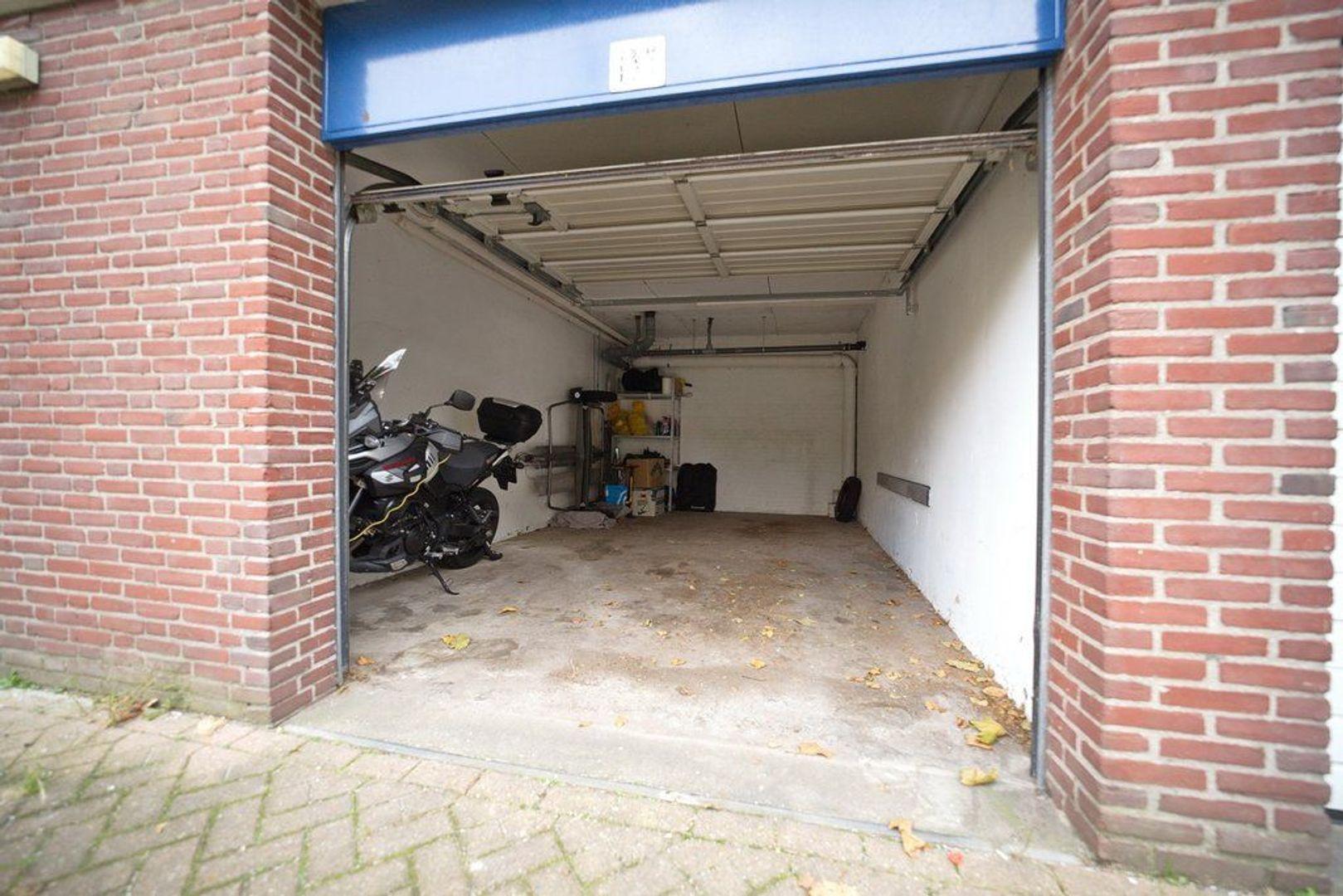 Uitgeeststraat 215, Den Haag foto-24 blur