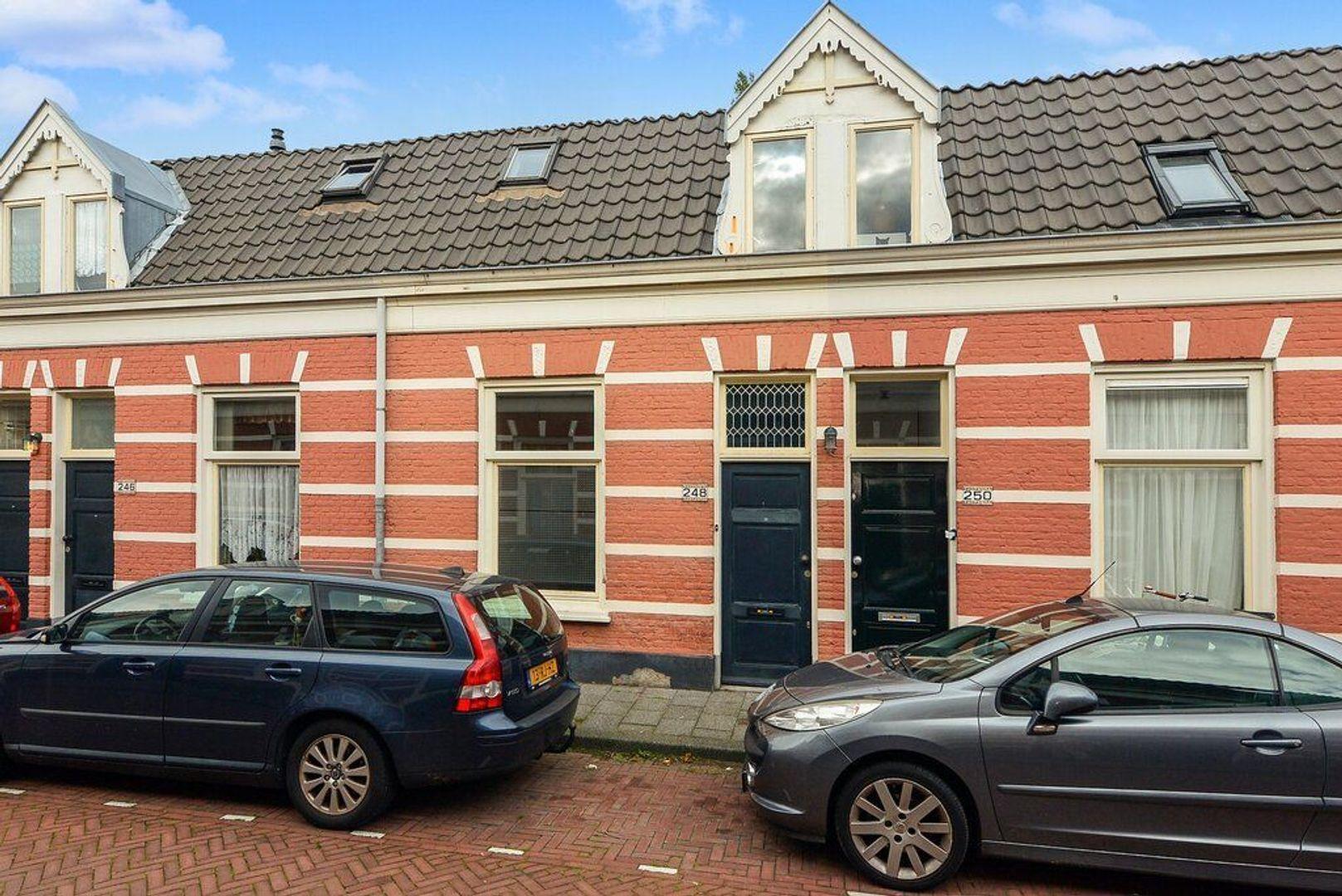 Jacobastraat 248, Den Haag foto-0 blur